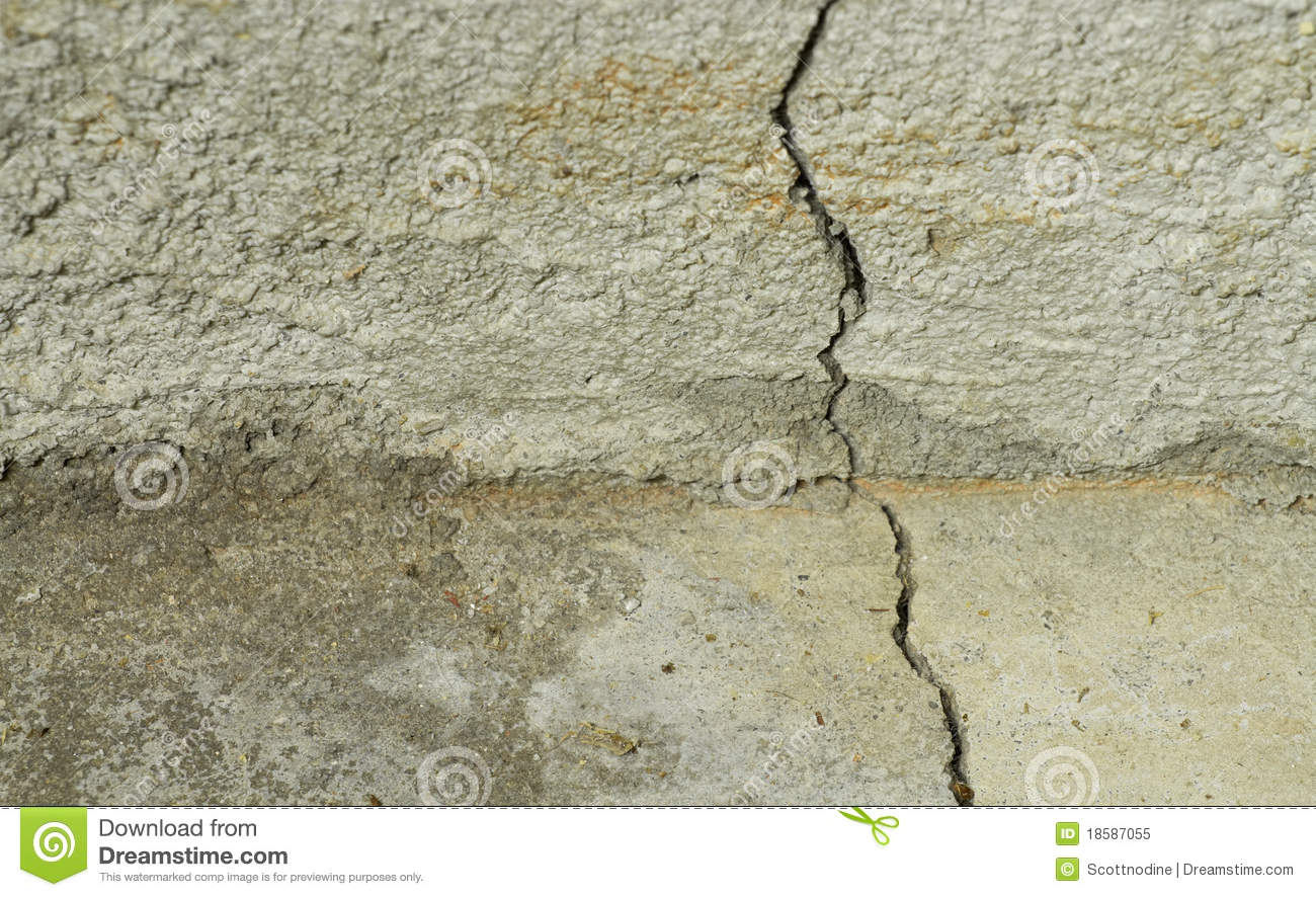 Crack in the foundation floor roimcelp for Poured concrete foundation cracks