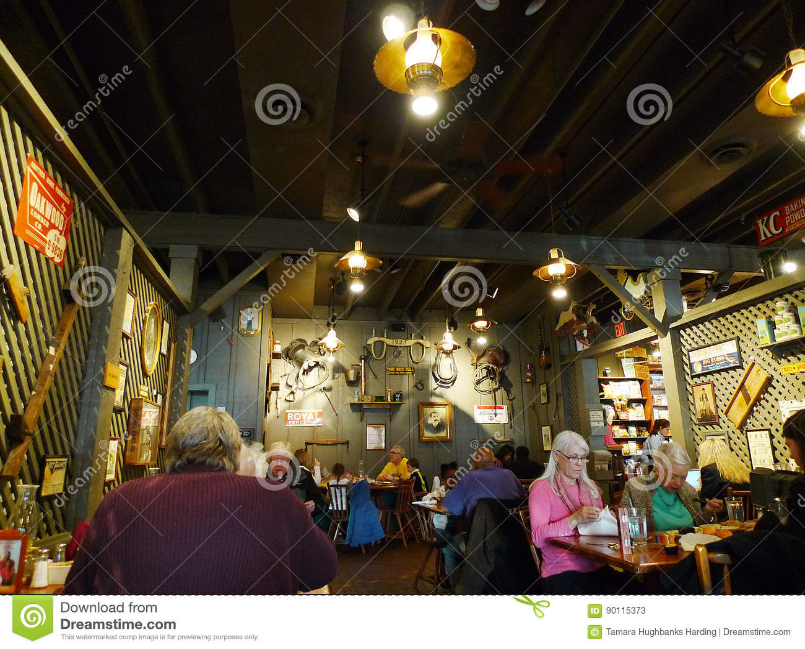 Cracker Barrel restaurant, people eating, Tulsa, OK