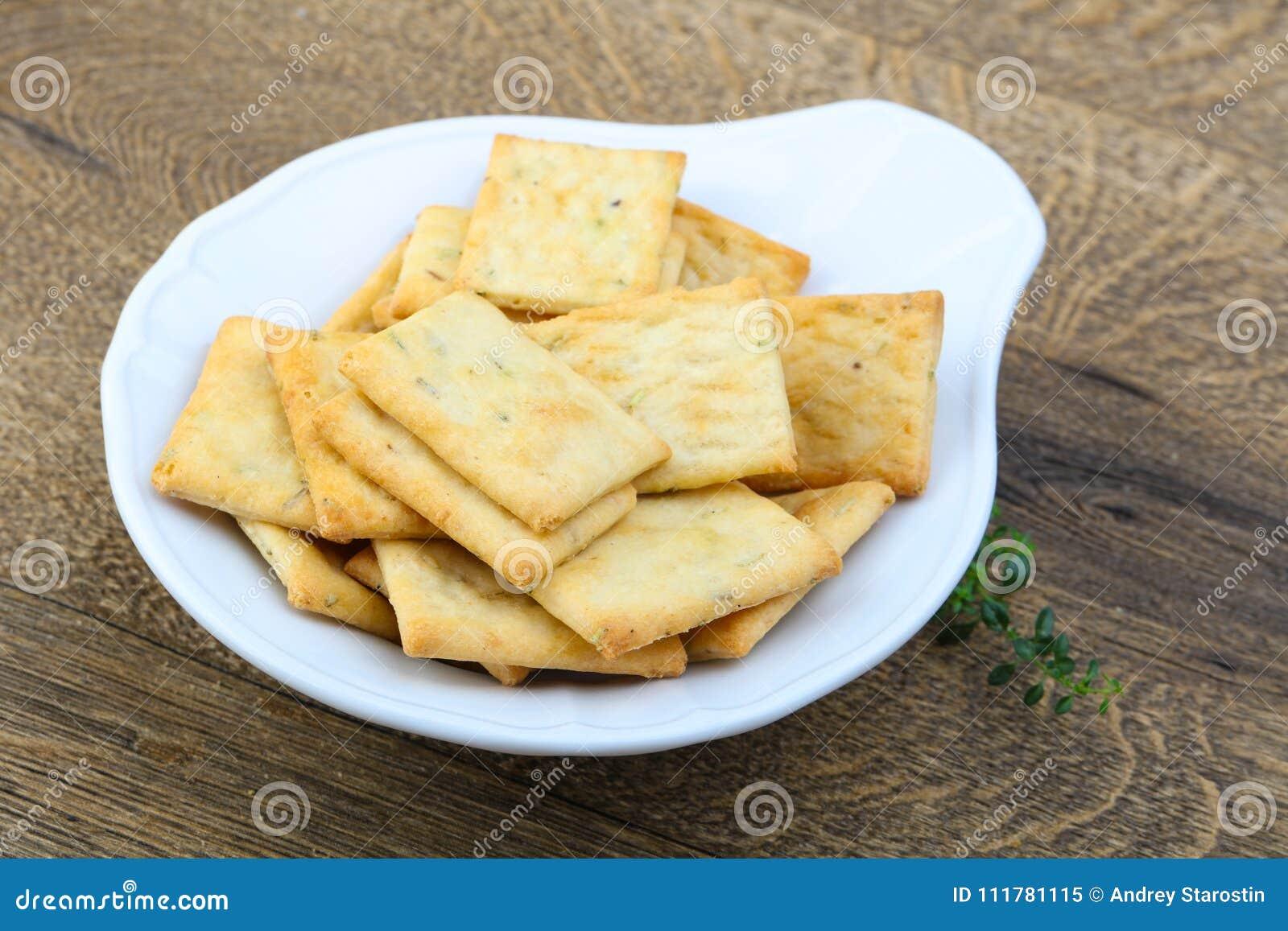 Crackers in de kom