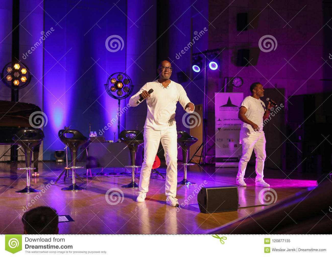 Take 6 Live On Stage Of Auditorium Maximum UJ At The Summer