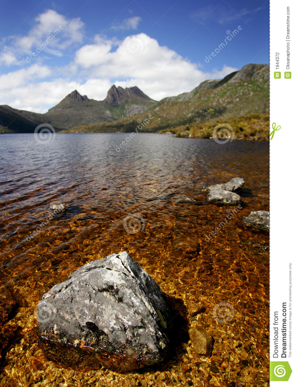 Cradle mountain from glacier rock tasmania australia for Landscaping rocks tasmania