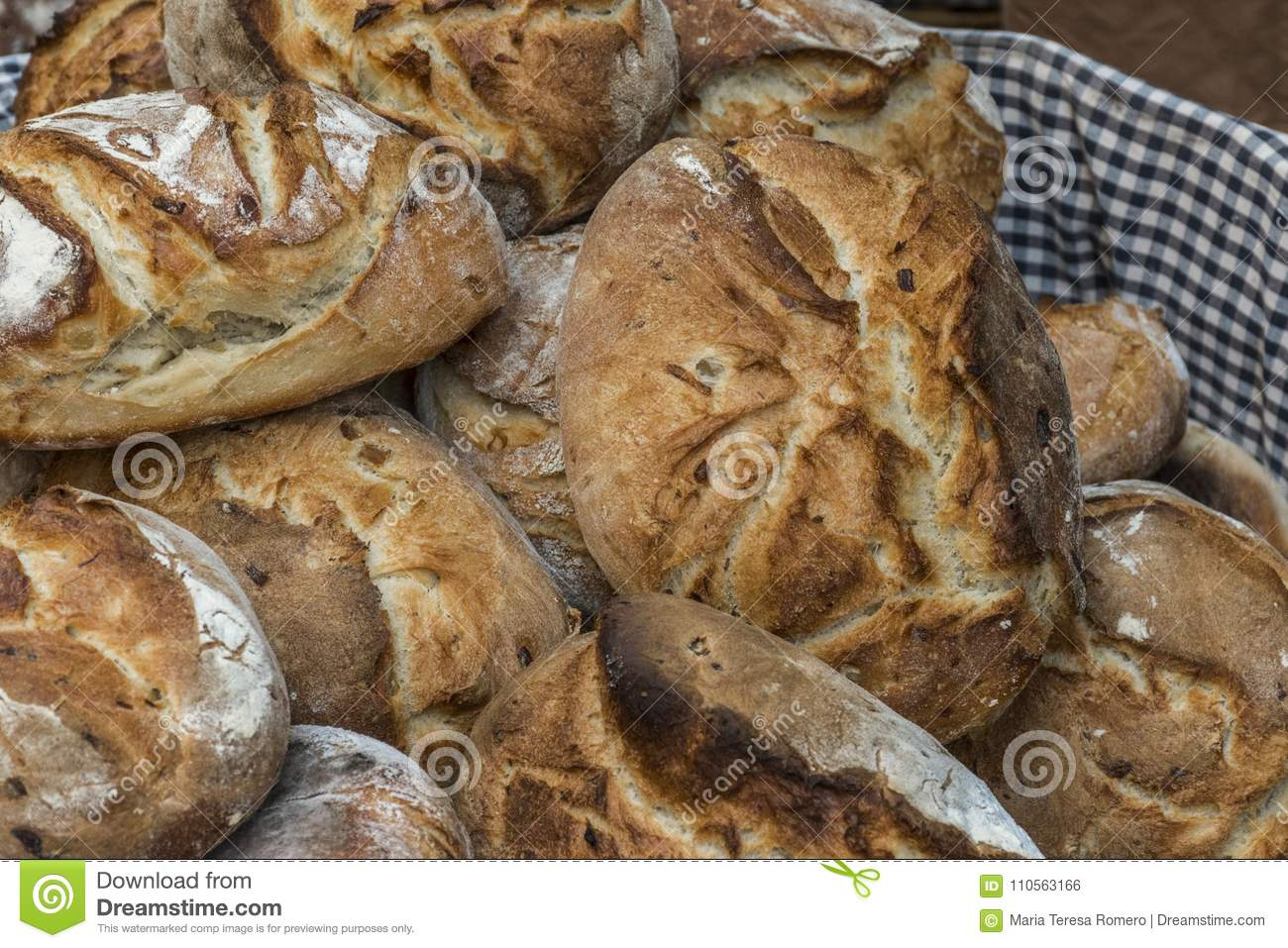 Craft bread loaves