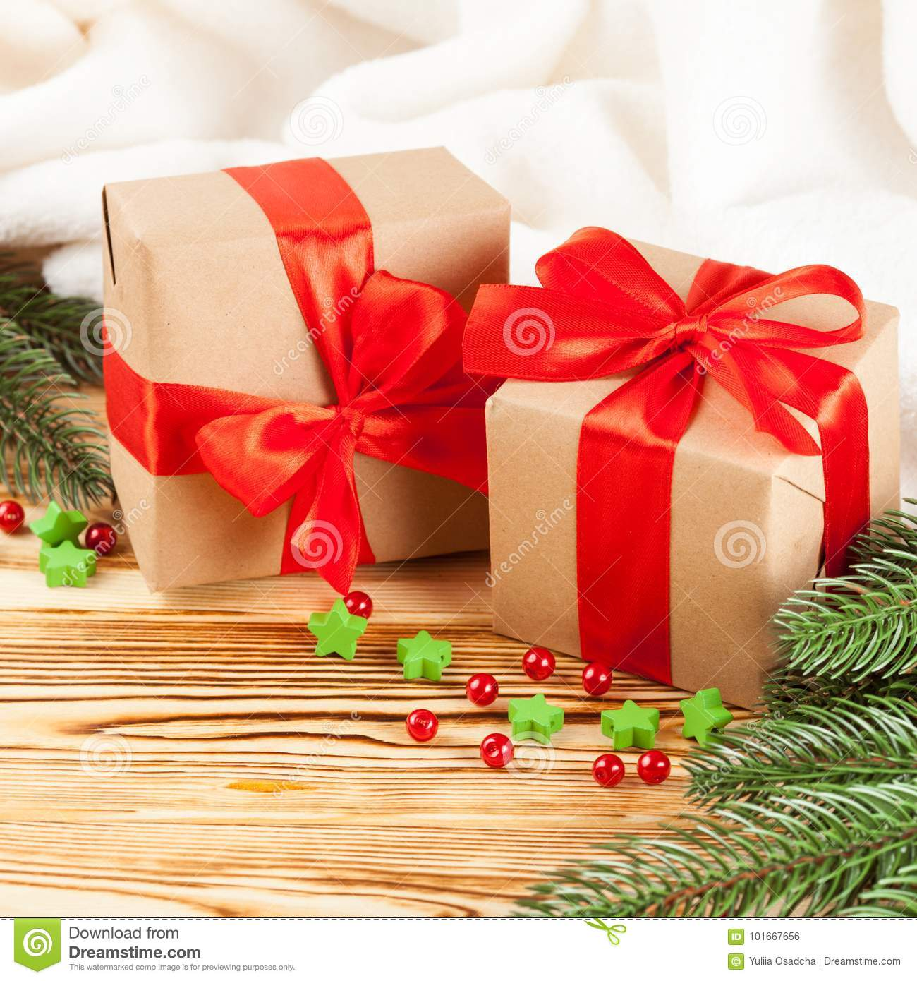 Craft Gift Boxes With Red Ribbon And Bow, Green Christmas ...