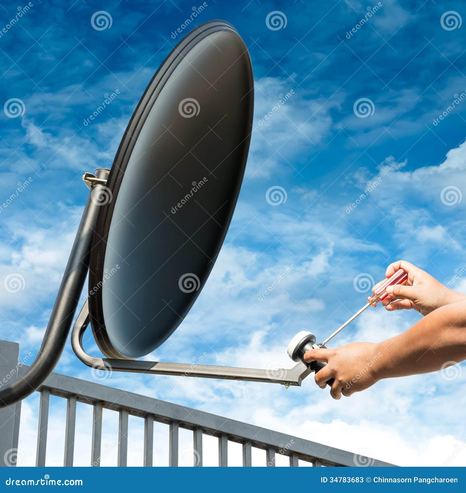 Craftsman Repair Satellite Dish Stock Image Image Of Broadband