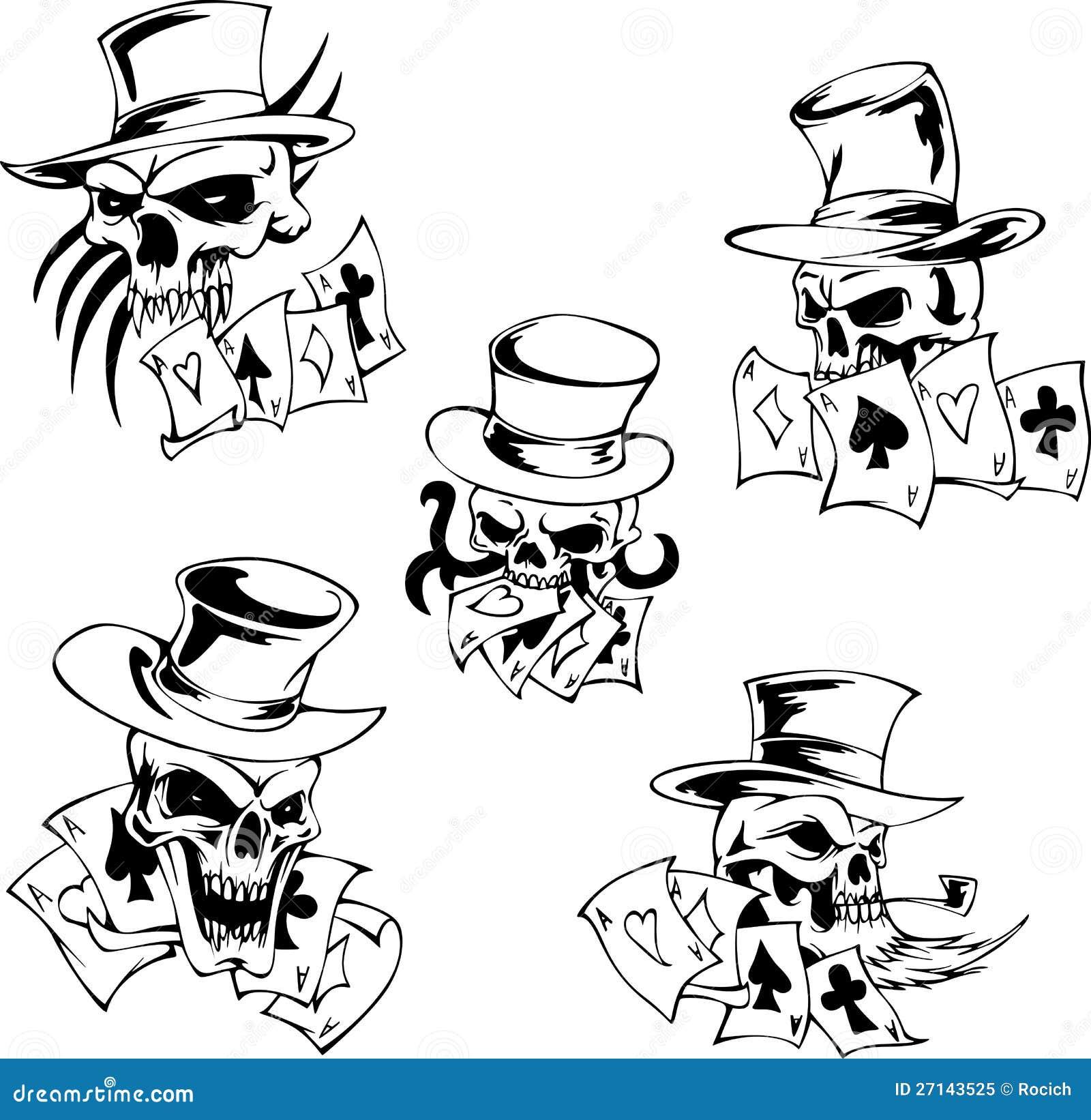 Crani con le schede di gioco