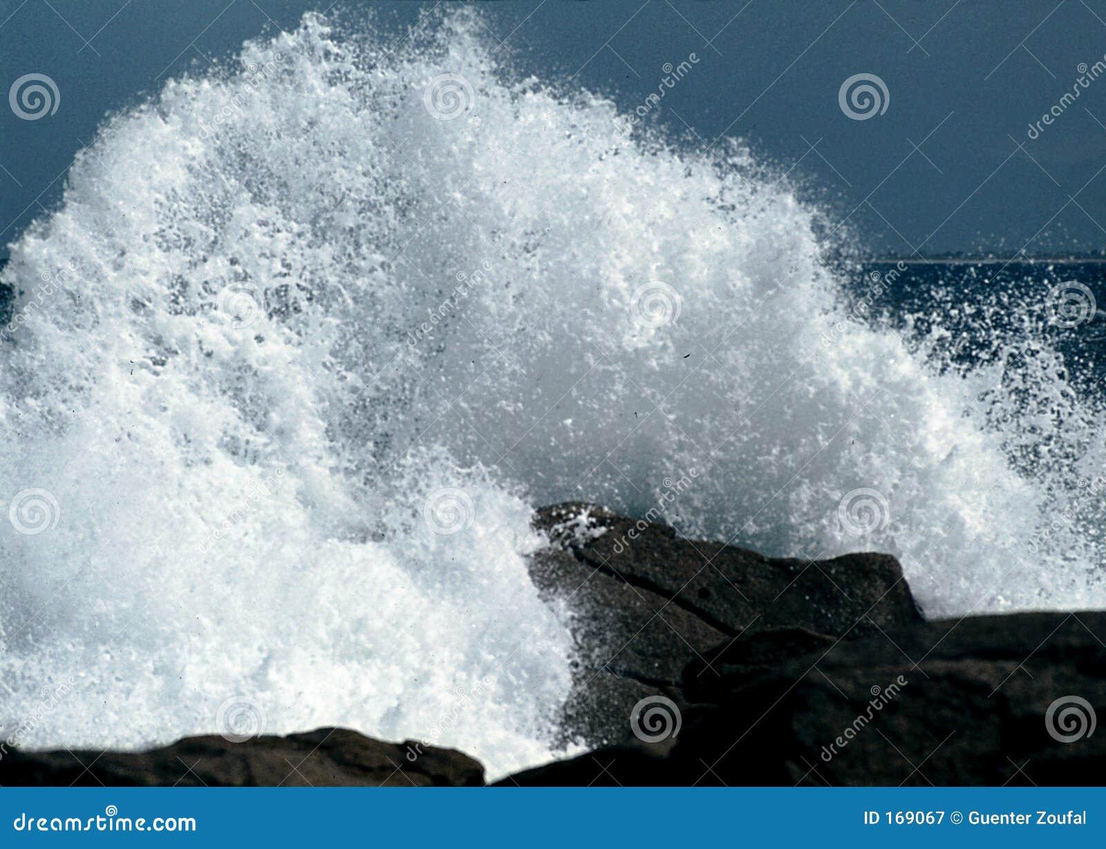 Crash Wave
