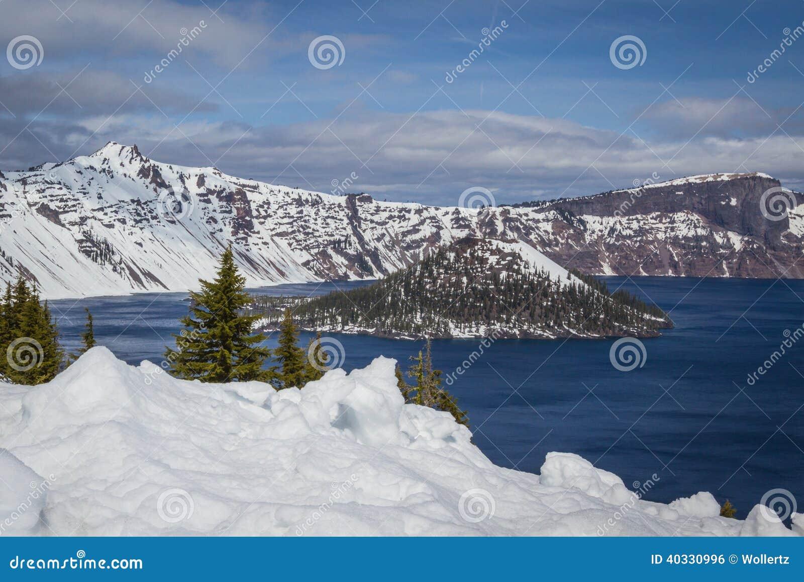 Crater湖俄勒冈