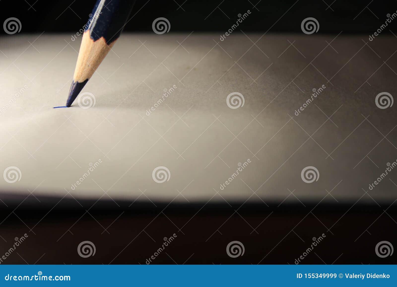 Crayon sur la feuille