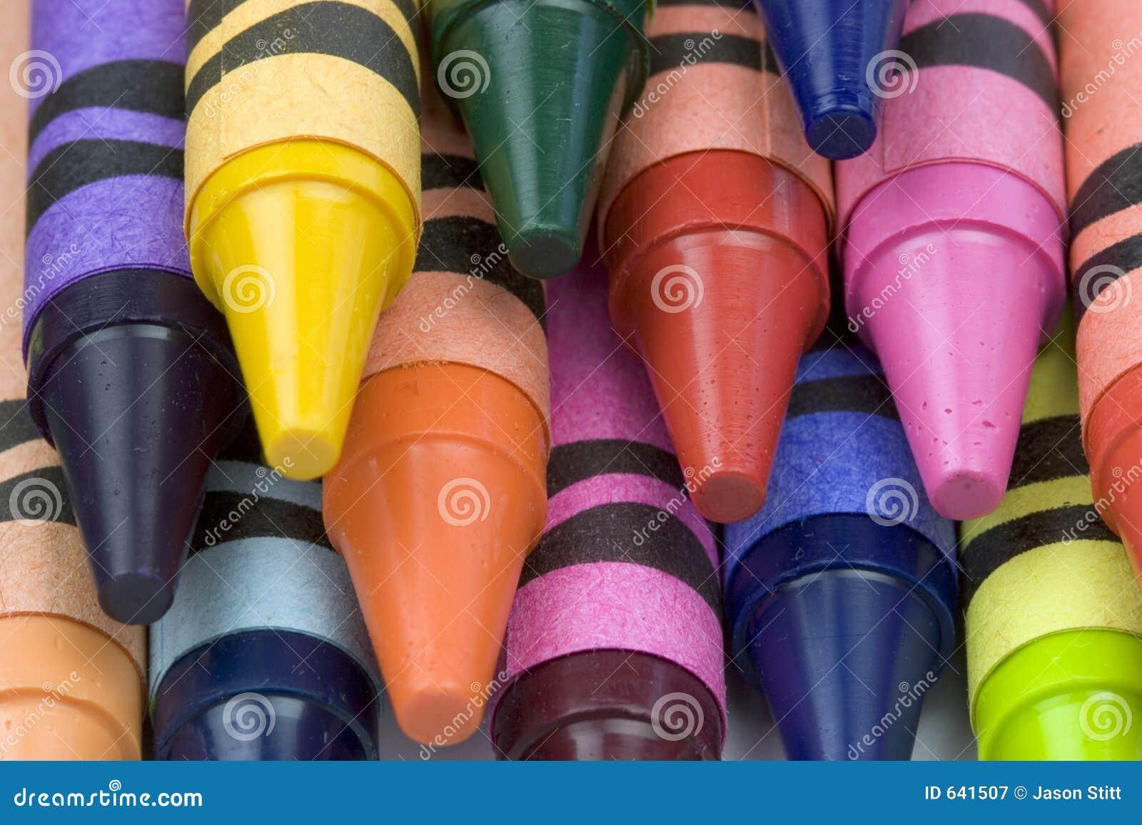 Download Crayons стоковое изображение. изображение насчитывающей померанцово - 641507