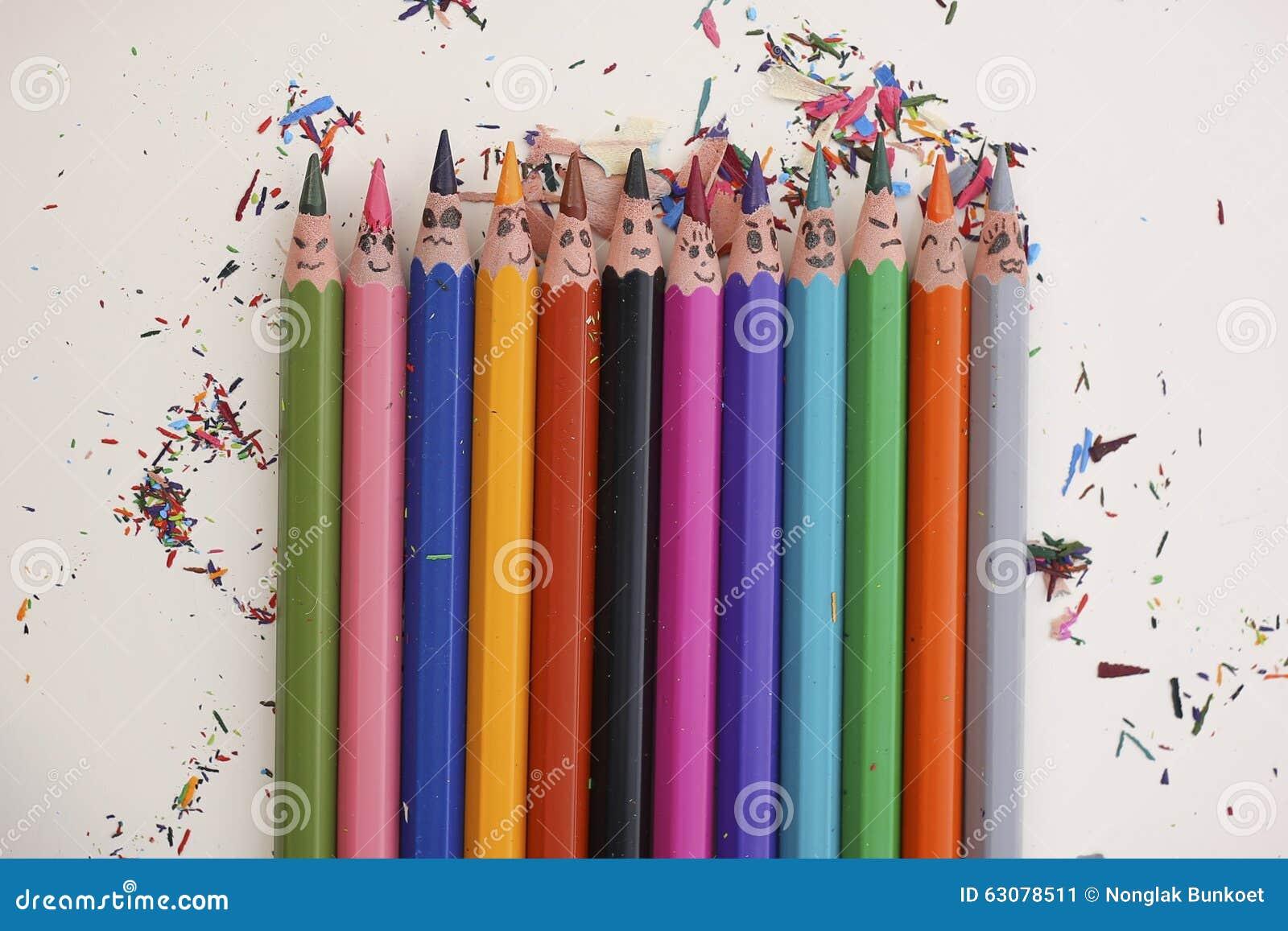 Download Crayons colorés heureux image stock. Image du coloré - 63078511