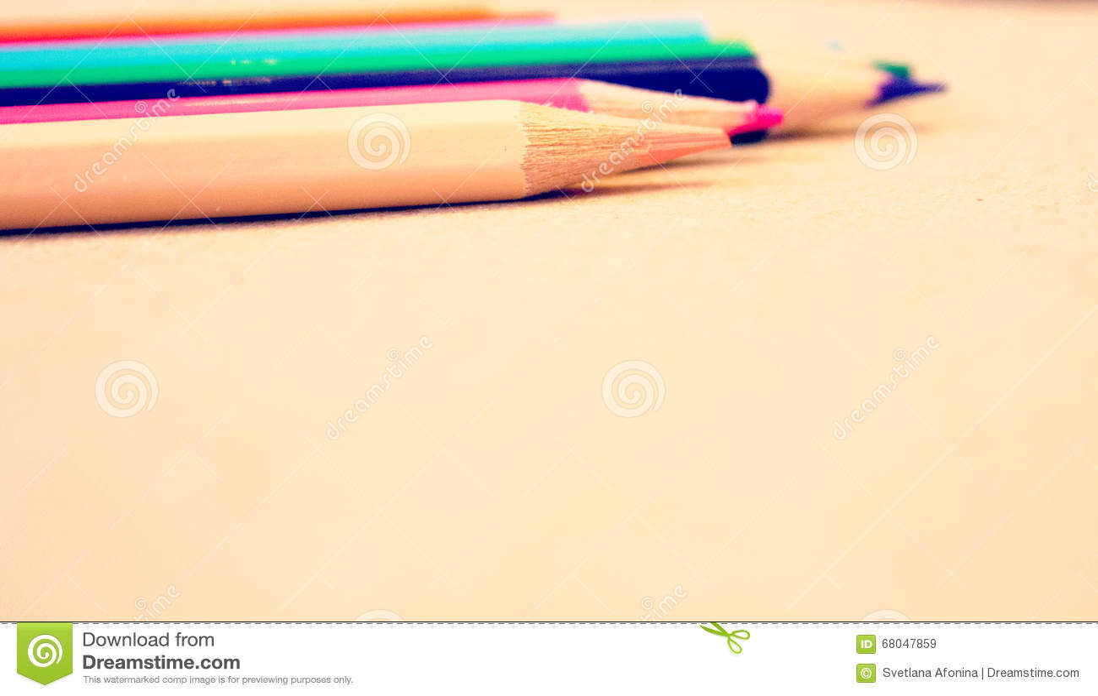 Crayons colorés lumineux