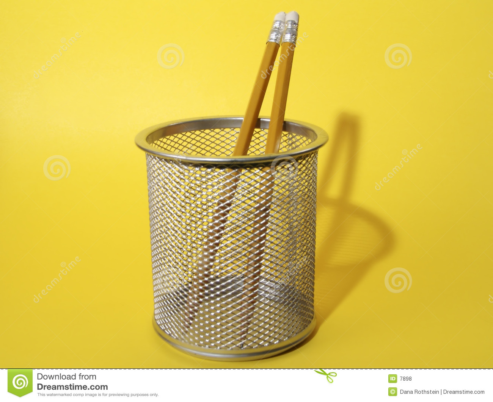 Crayons dans la cuvette