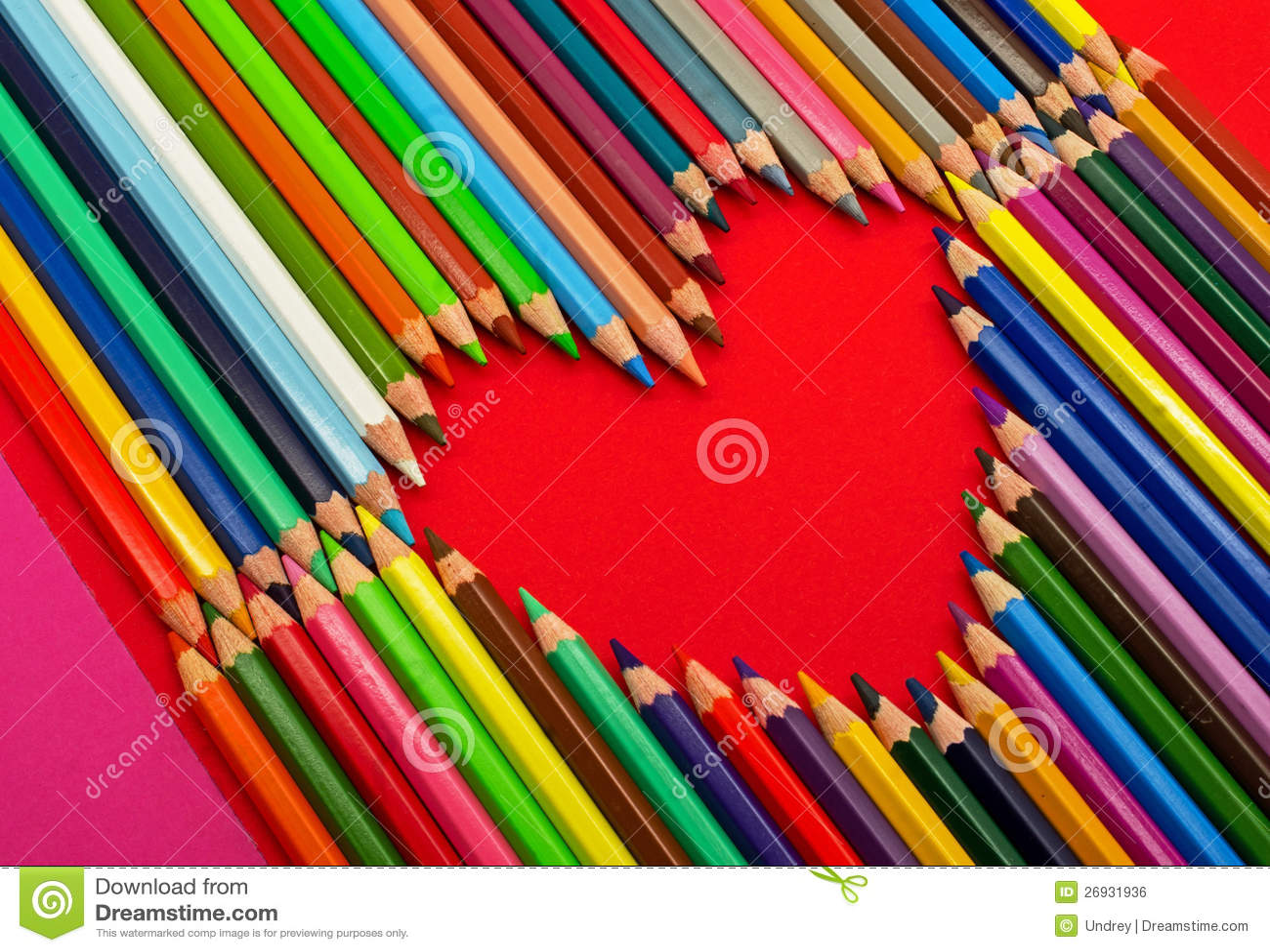 crayons de couleur coeur image libre de droits image. Black Bedroom Furniture Sets. Home Design Ideas