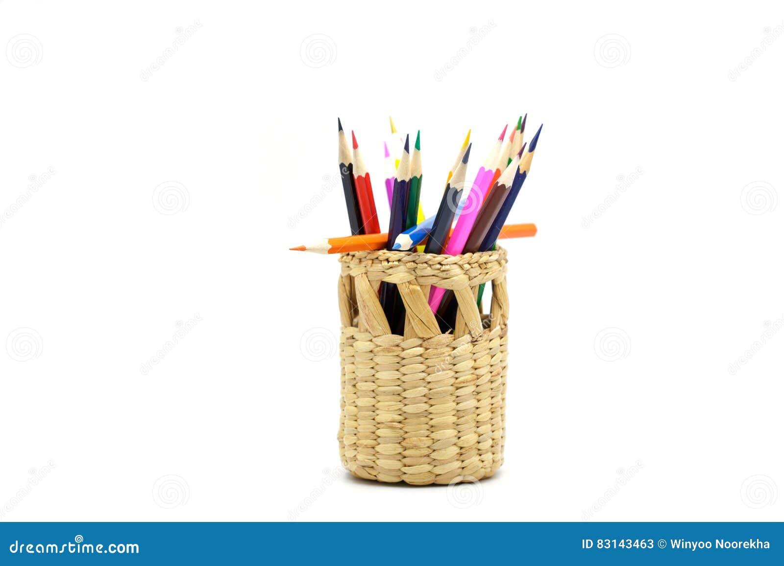 Crayons De Couleur Dans Le Panier En Osier Image Stock Image Du