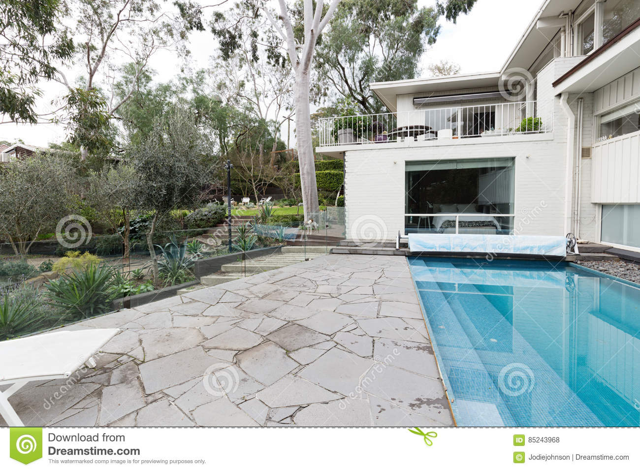 century crazy home mid modern paving pool swimming