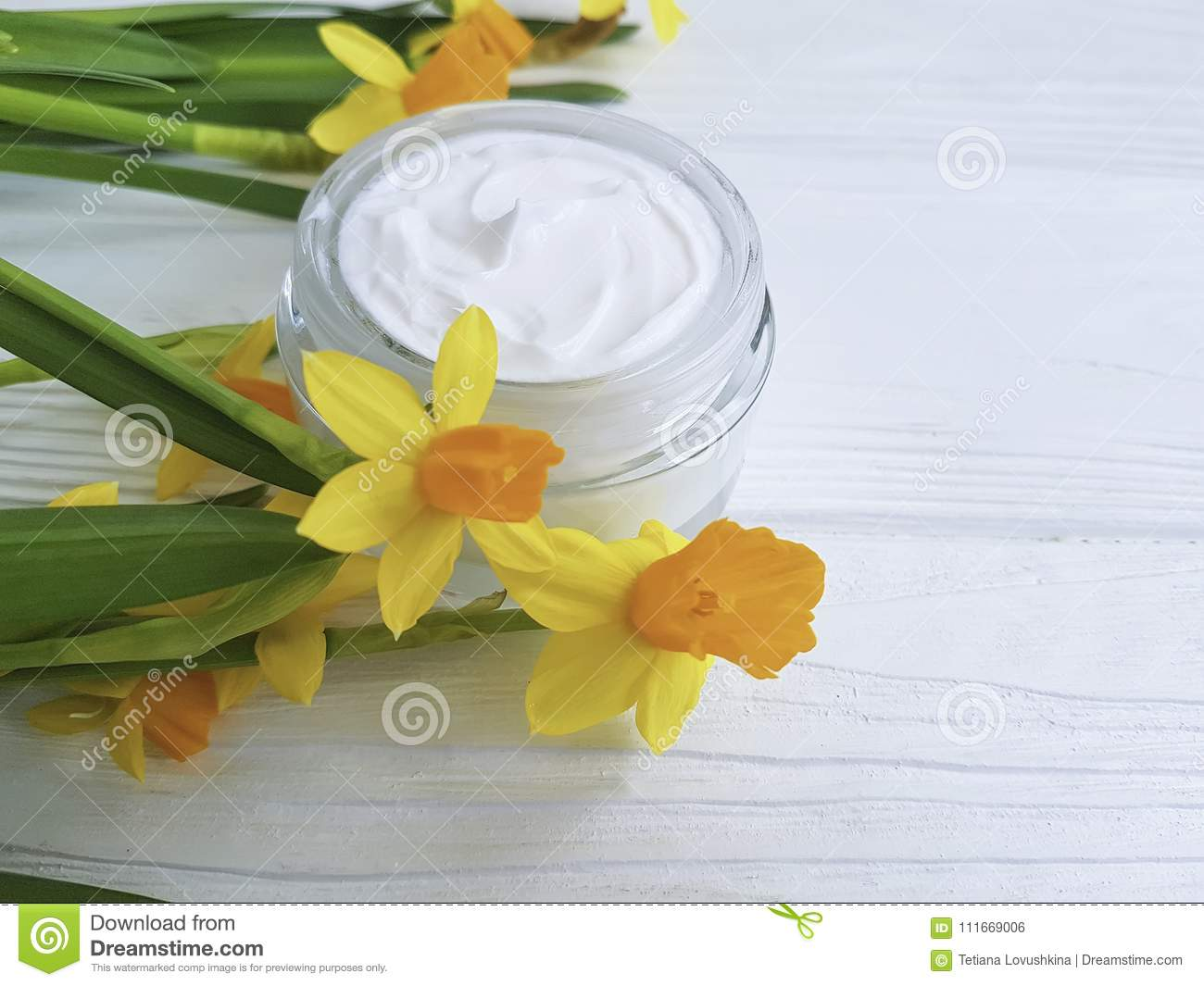 Cream Facial Cosmetic Extract Flower Care Narcissus Ointment Rustic