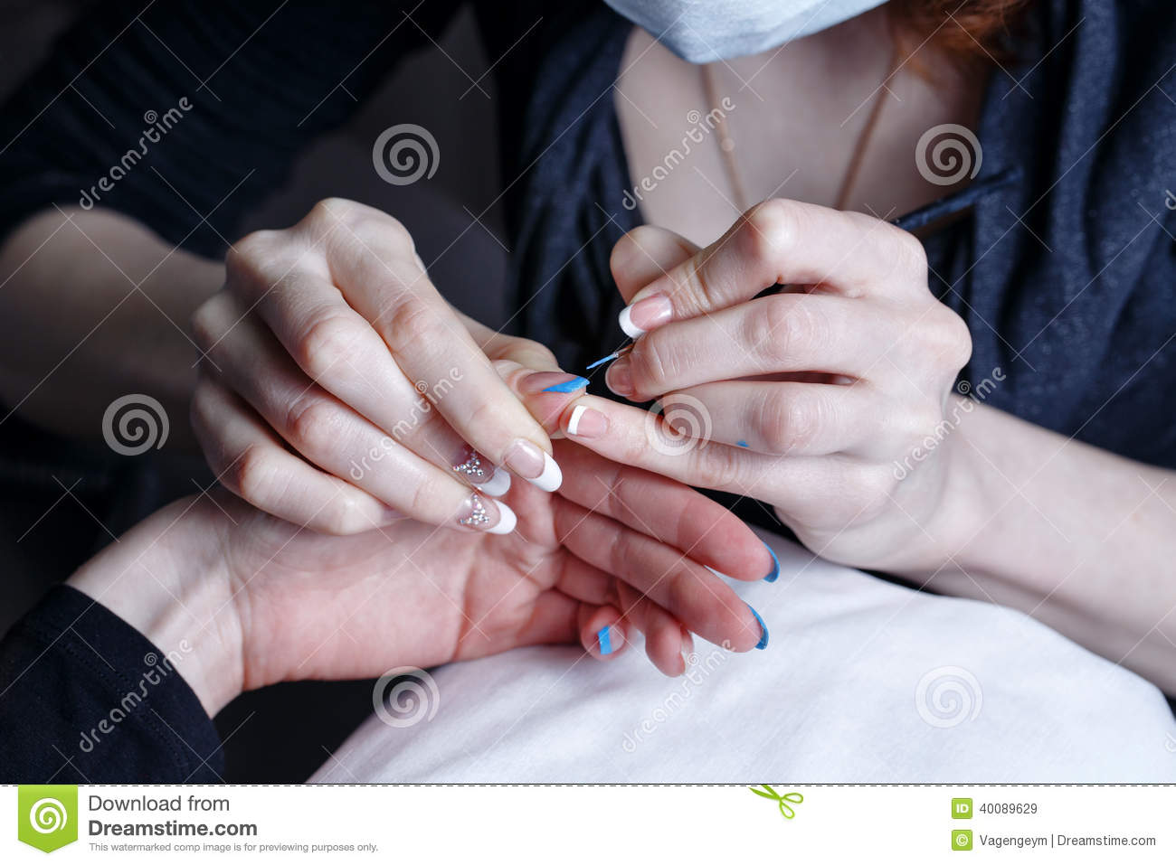 Creation manicure stock photo image 40089629 for A new creation salon