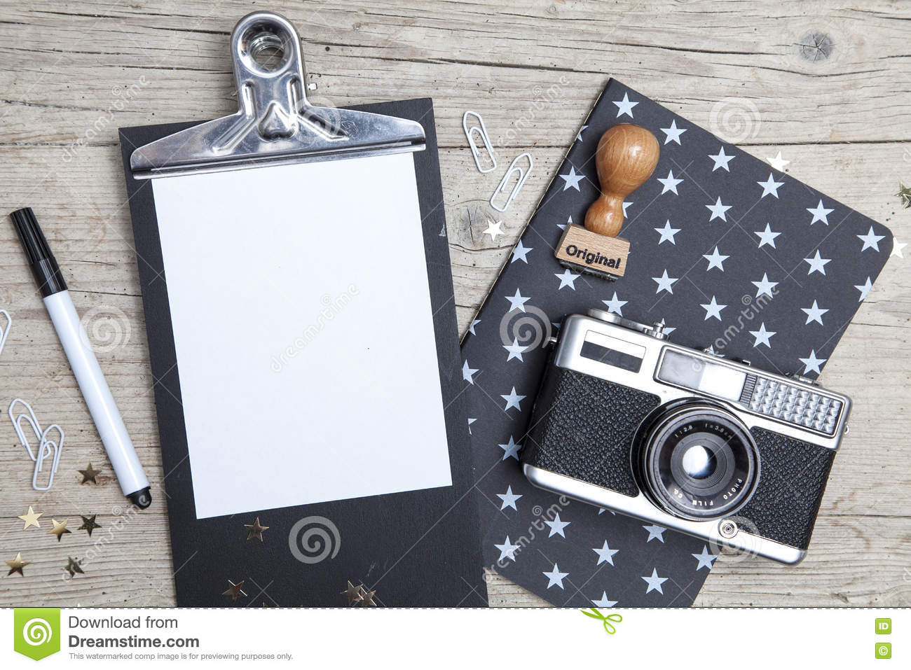 Creative Christmas Card With An Old Photo Camera Stock Image - Image ...