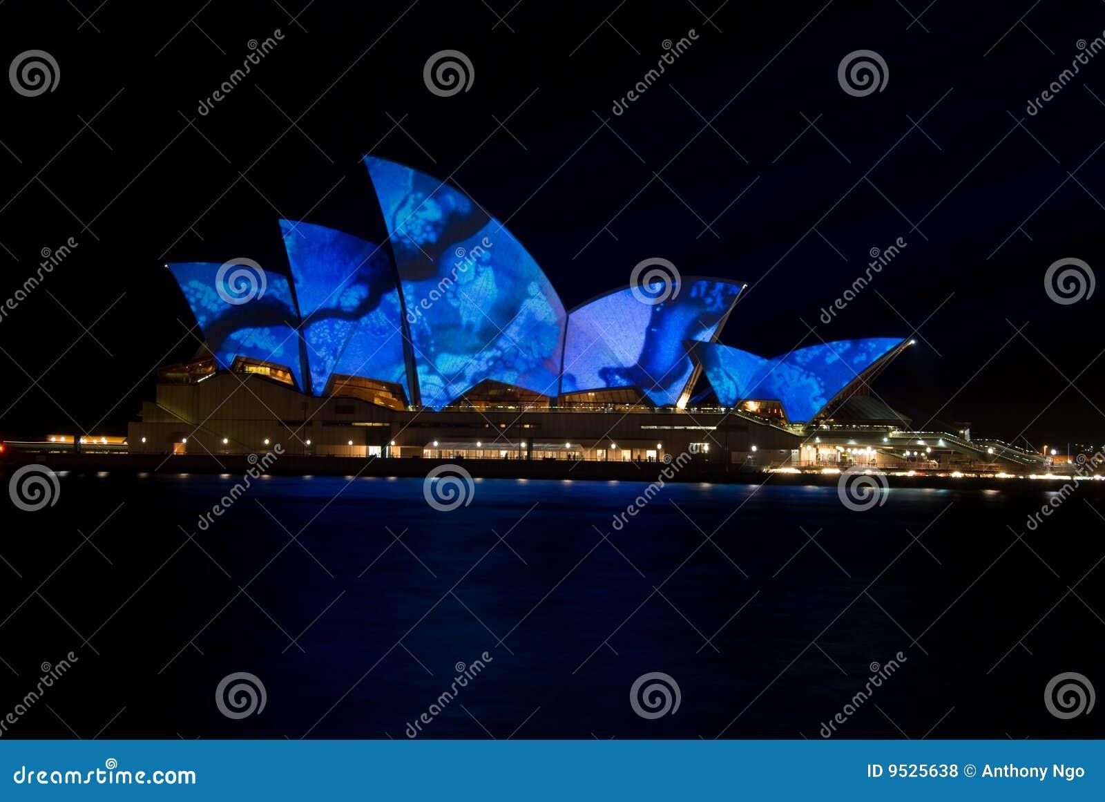 Creative Luminous Lighting Sydney Opera House