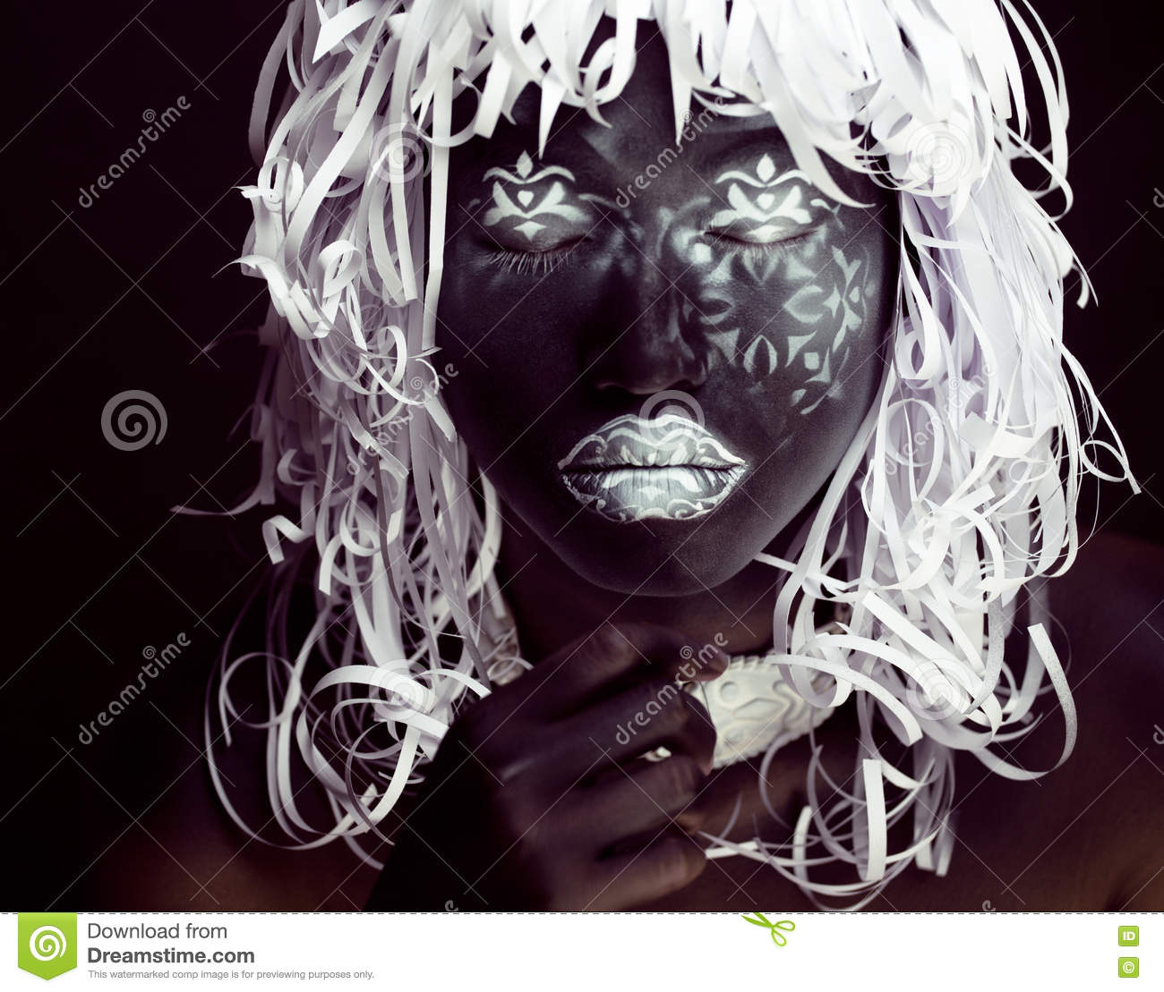 Creative Makeup Like Ethiopian Mask, White Pattern On Black Face ...