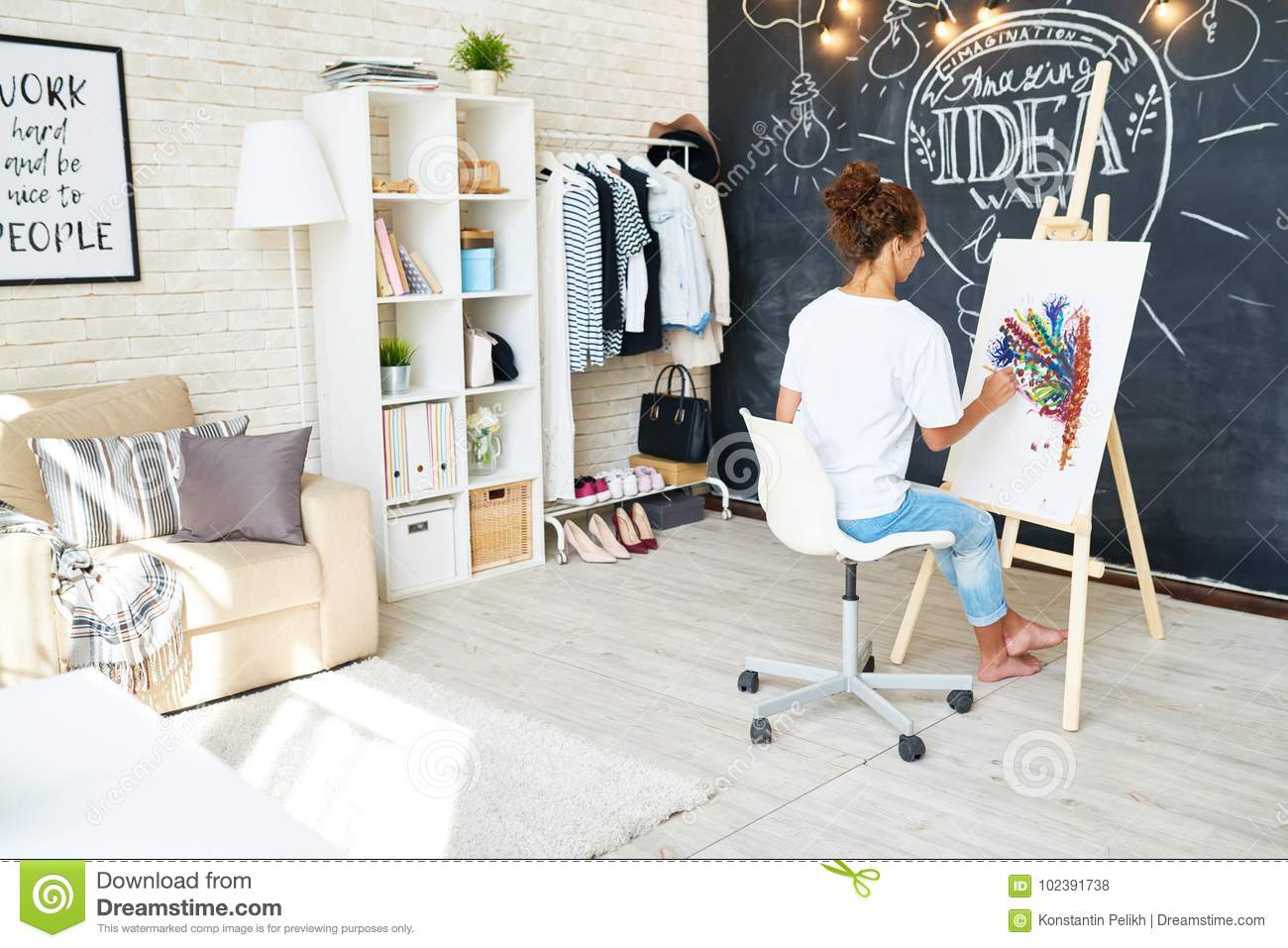 Creative Work Space for Young Artist