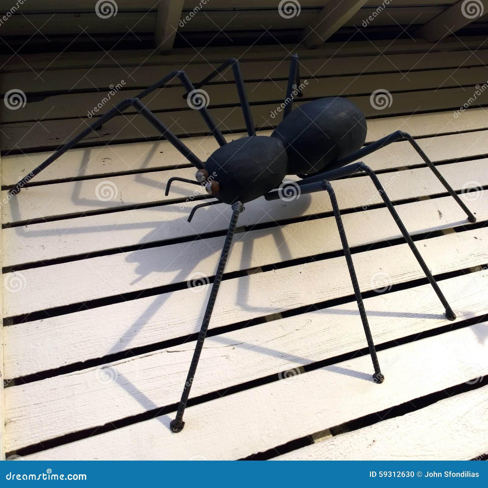 Creepy Crawler