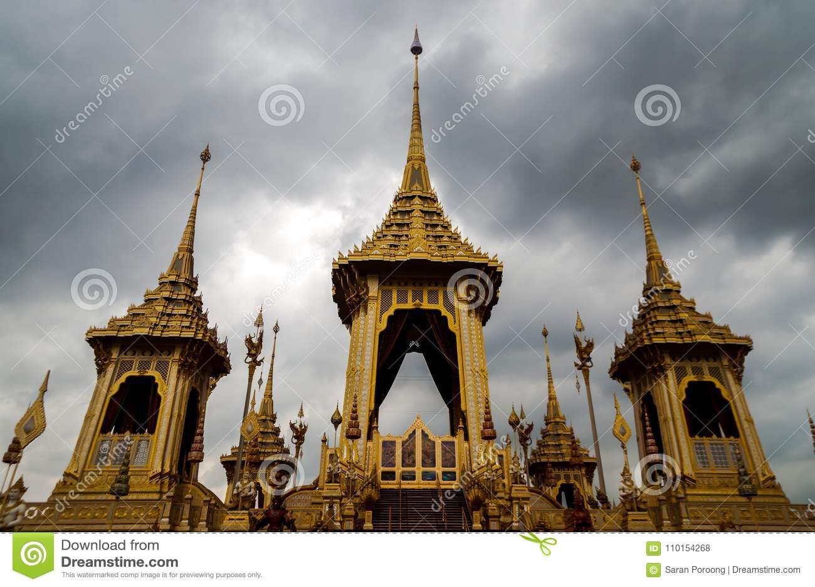 Crematório real do rei Rama Nine de Tailândia