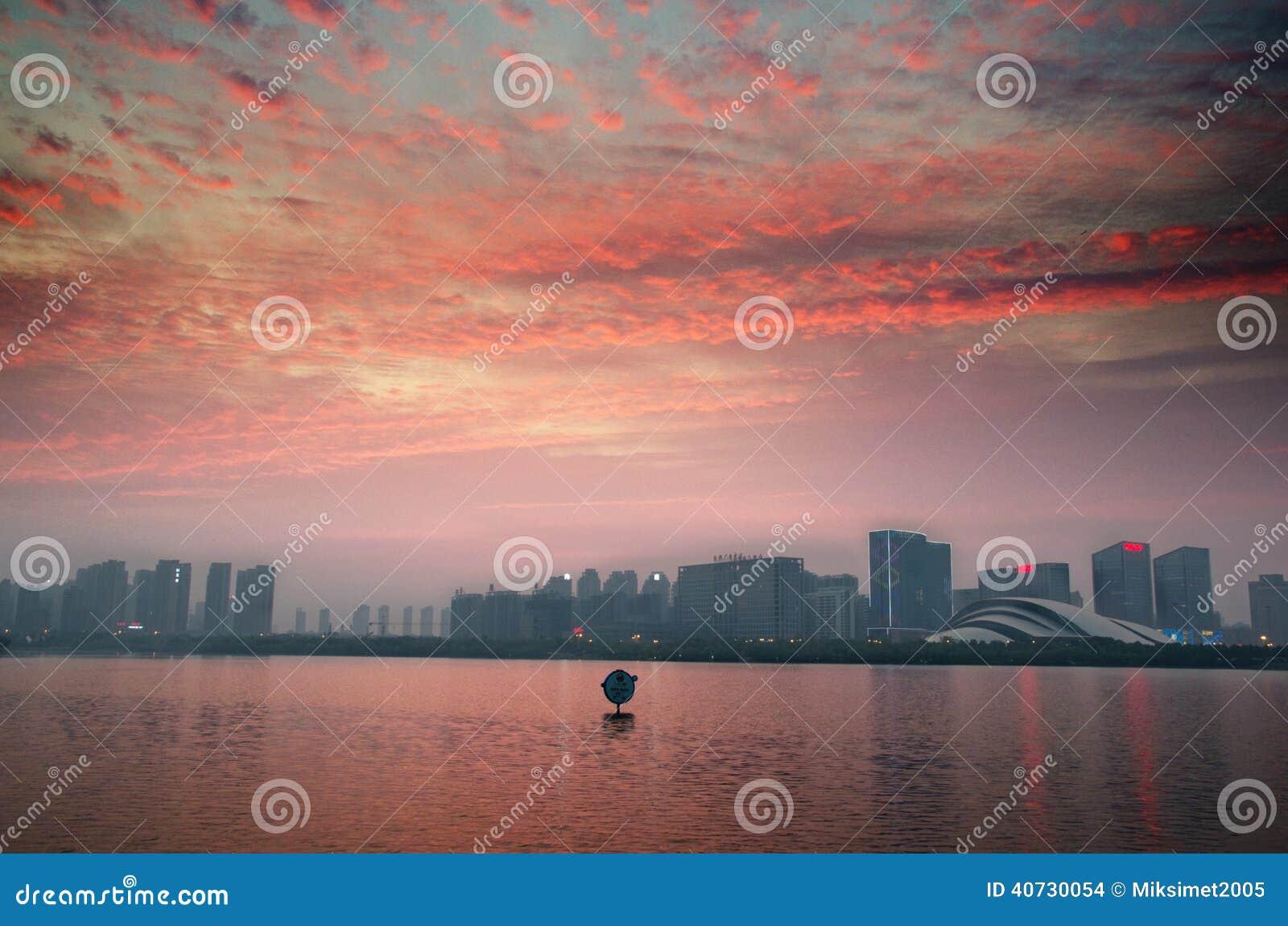 Crepúsculo da cisne do lago