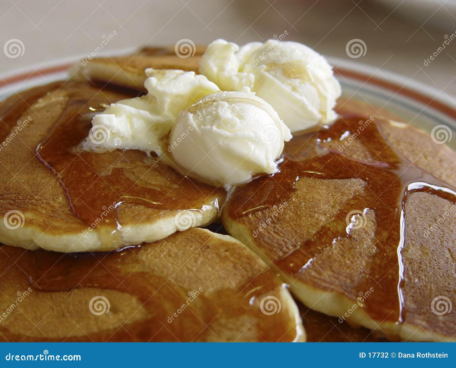 Download Crepes foto de archivo. Imagen de melting, alimento, desayuno - 17732