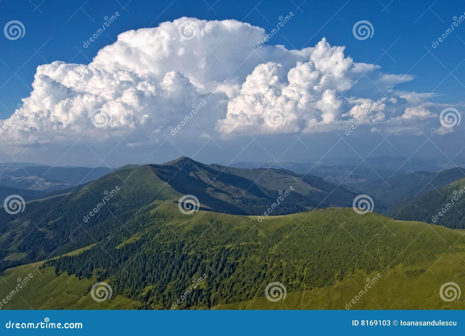 Cresta superiore della montagna
