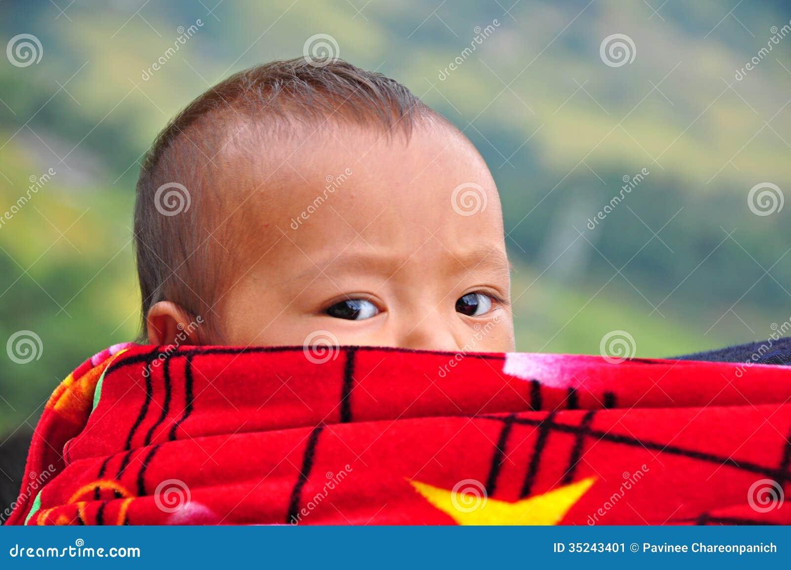 Criança Hmong em Sapa, Vietname