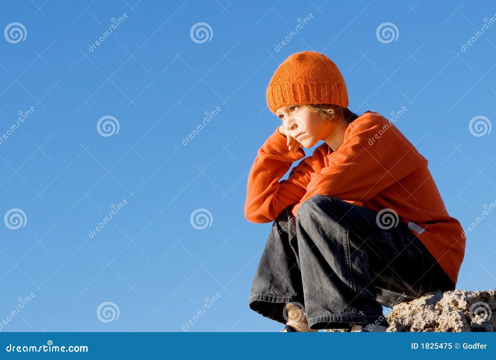 Criança só triste