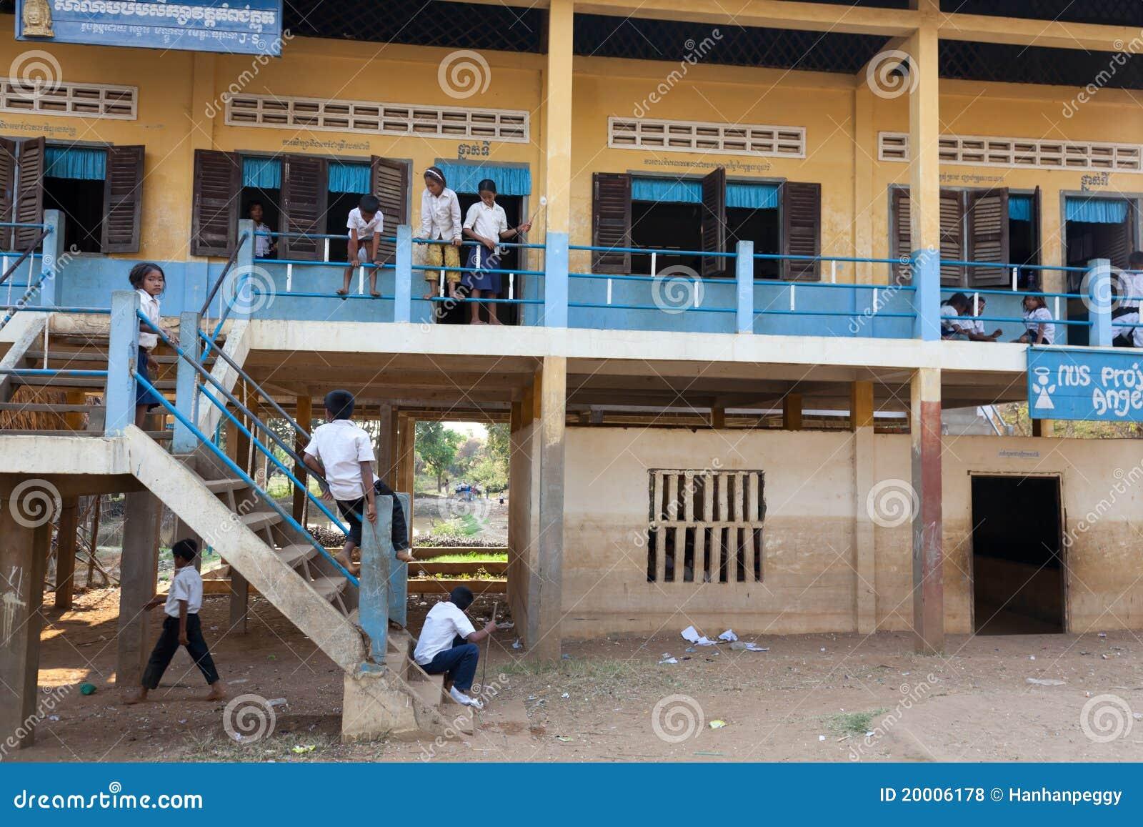 Crianças na escola, Cambodia