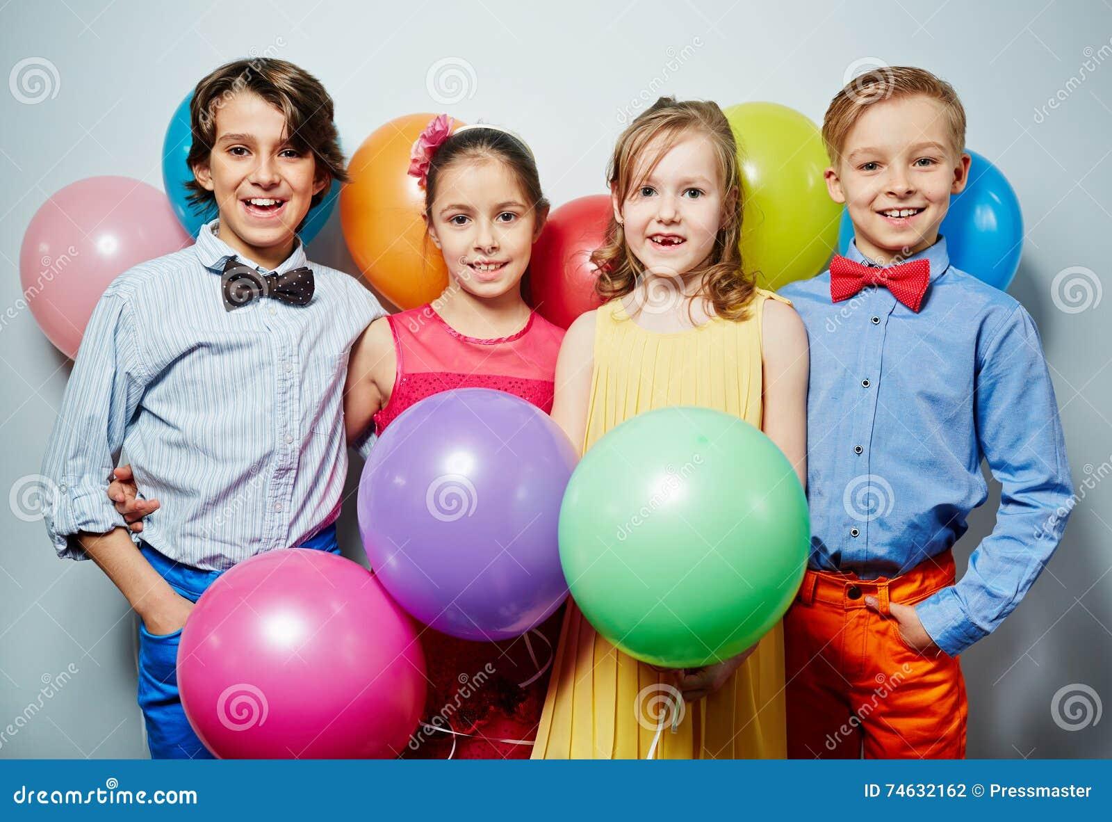 Crianças no partido
