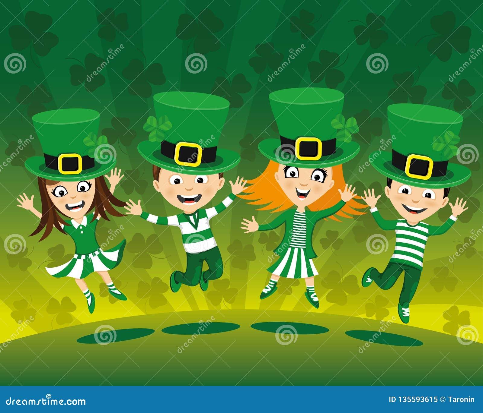 Crianças nos trajes para o dia de St Patrick