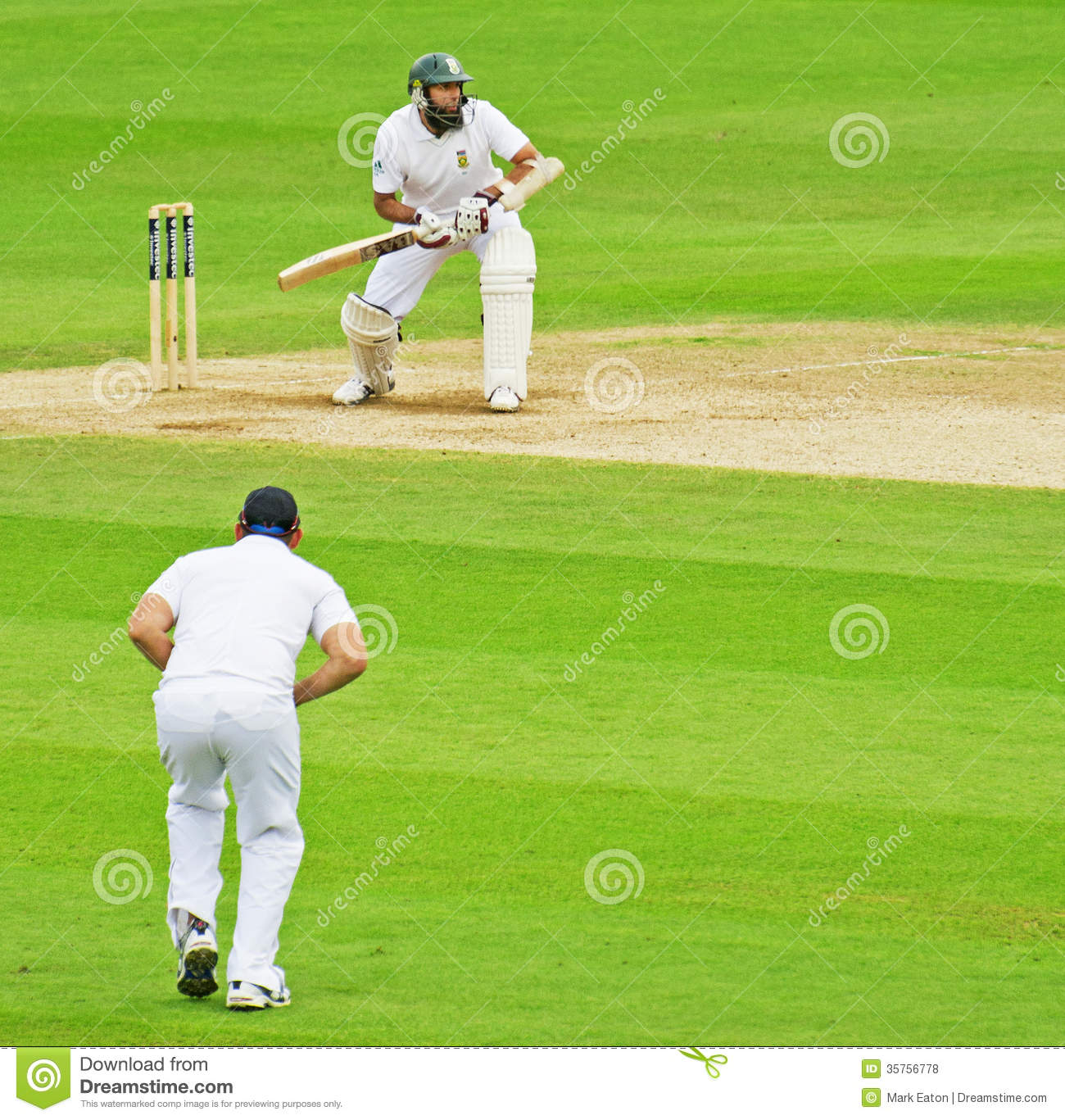 how to watch cricket ball during batting