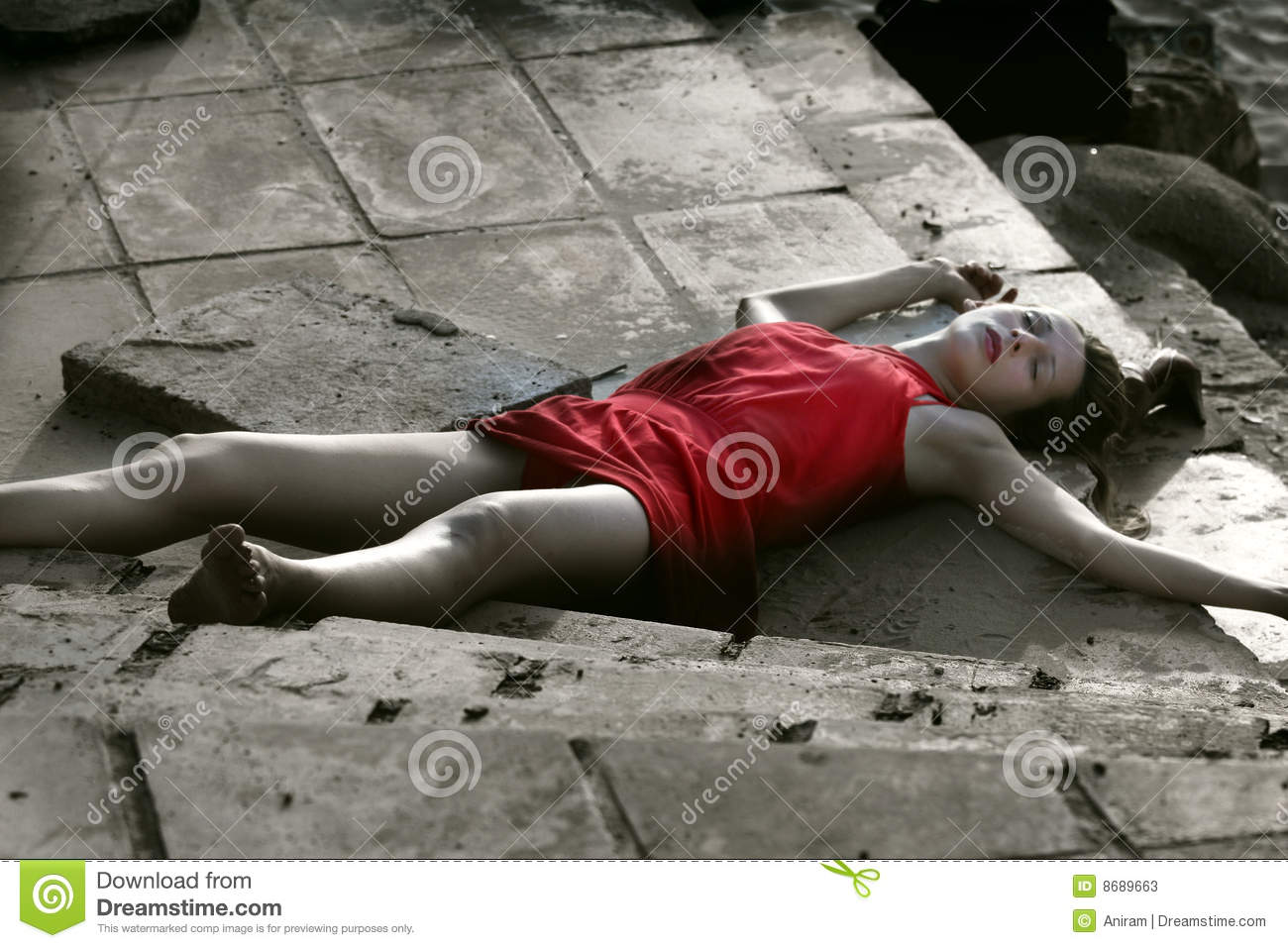 Crime Photo Scene Woman Dead Girl