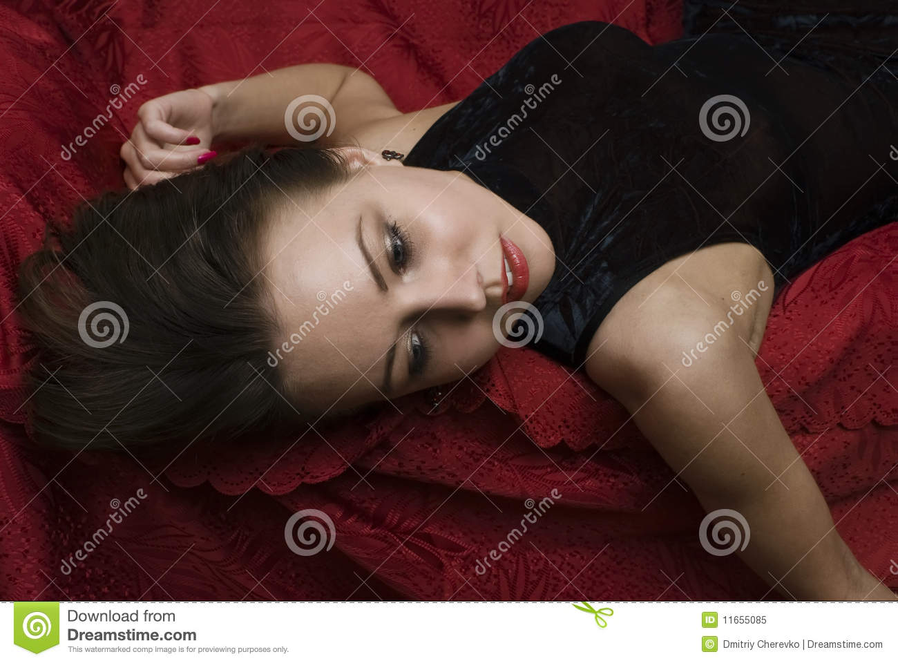 Fantastic Crime Scene Dead Woman Lying On The Sofa Stock Image Gamerscity Chair Design For Home Gamerscityorg