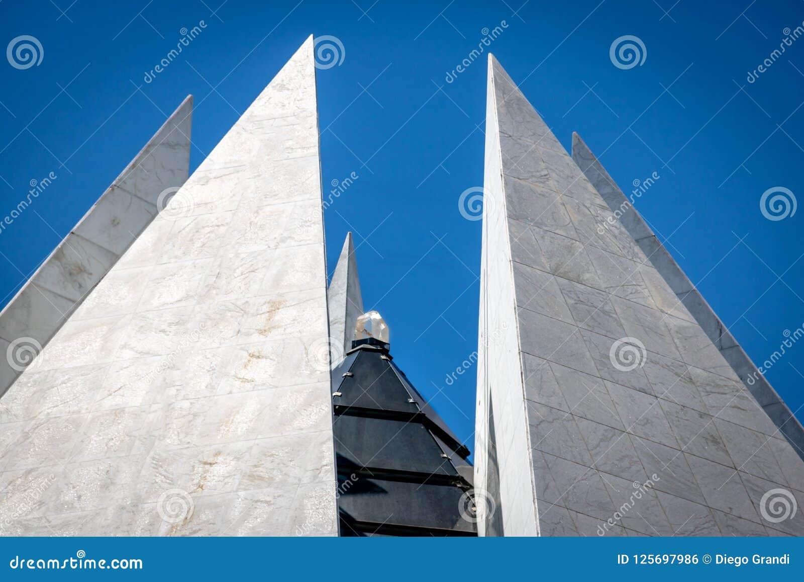 Cristal encima del templo de la voluntad - boa Vontade - Brasilia, Distrito federal, el Brasil de Templo DA