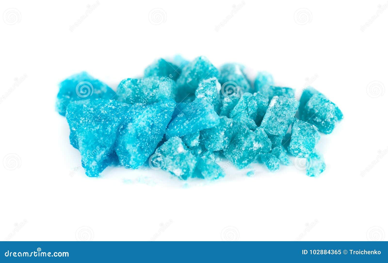 https://thumbs.dreamstime.com/z/cristallo-blu-di-metamfetamina-isolato-su-fondo-bianco-ghiaccio-sale-da-bagno-droga-meth-102884365.jpg