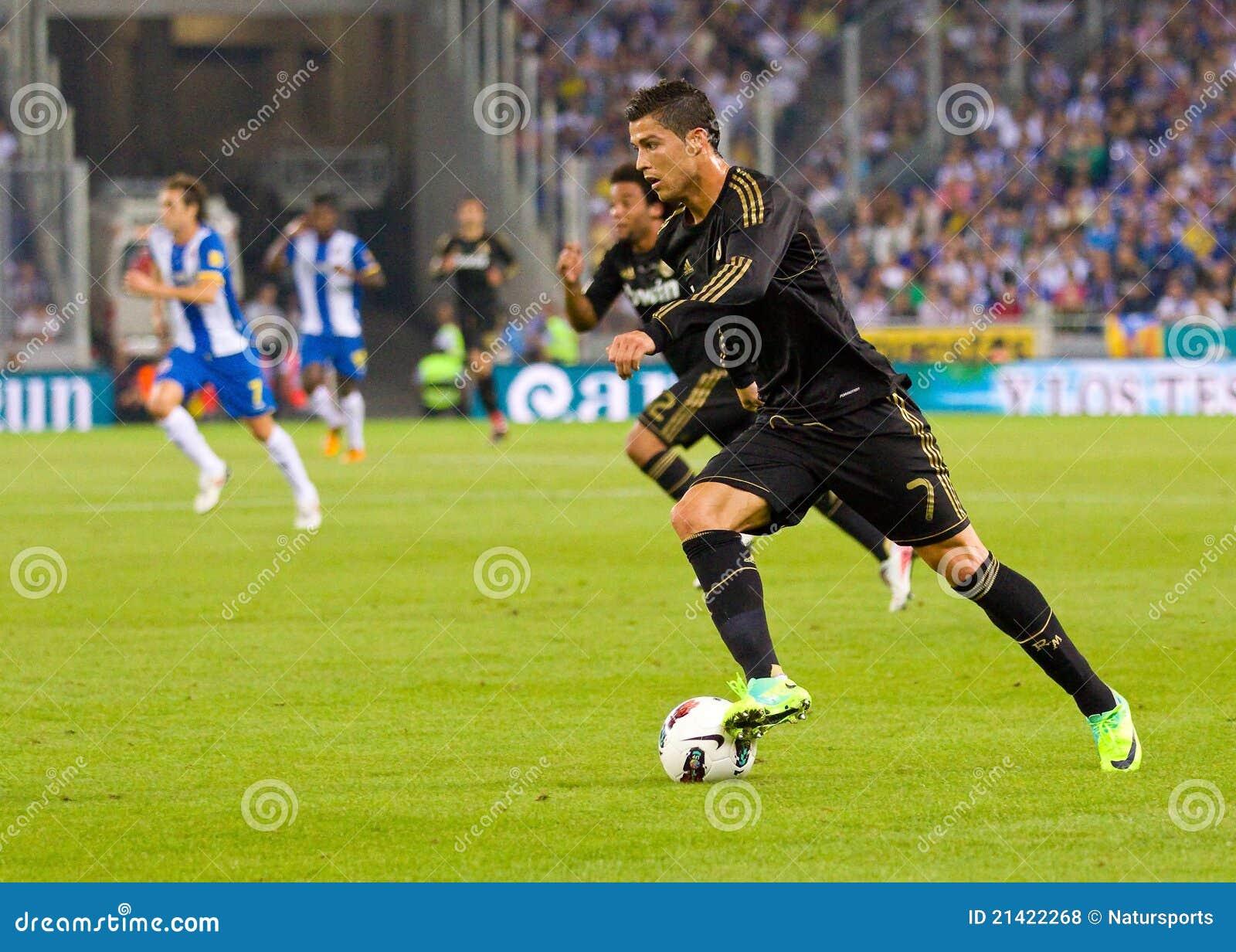 96276c1eff BARCELONA - OUTUBRO 2  Cristiano Ronaldo na ação durante a harmonia de liga  espanhola entre RCD Espanyol e Real Madrid