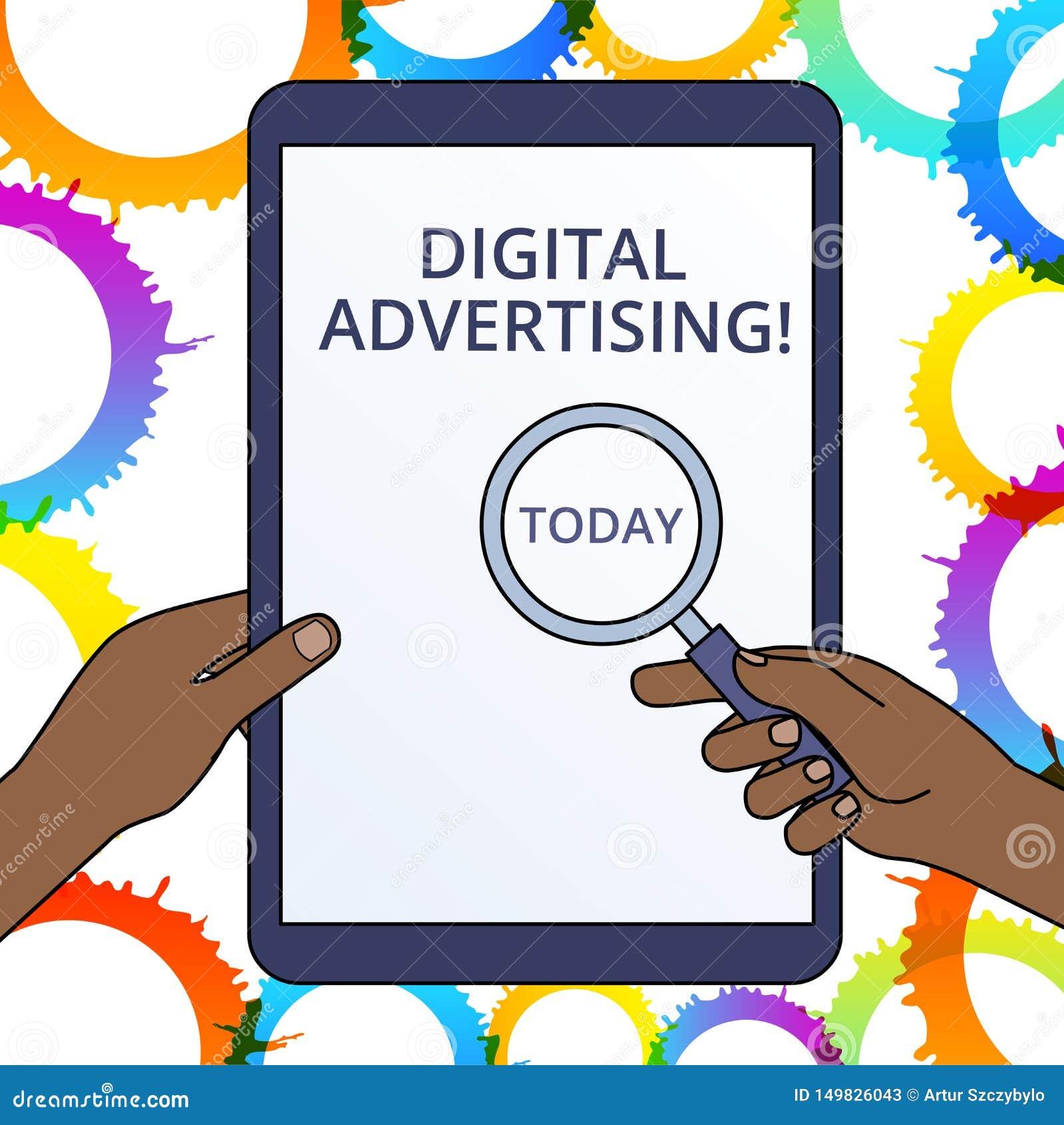 ?criture conceptuelle de main montrant la publicit? de Digital Le marketing en ligne des textes de photo d affaires fournissent l