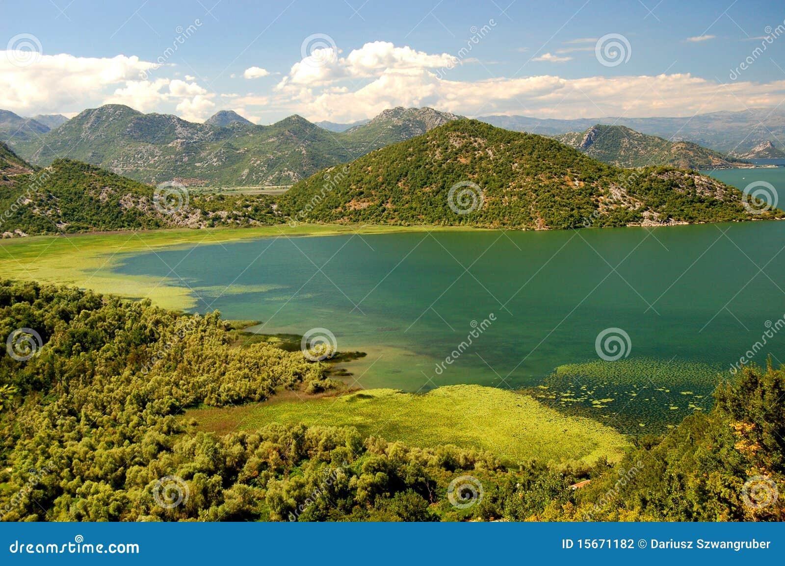 Crna gora jezero skadarsko