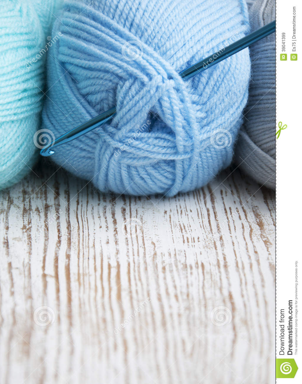 Crochet Knitting Yarn : Crochet Hook And Knitting Yarn Stock Photo - Image: 39041399