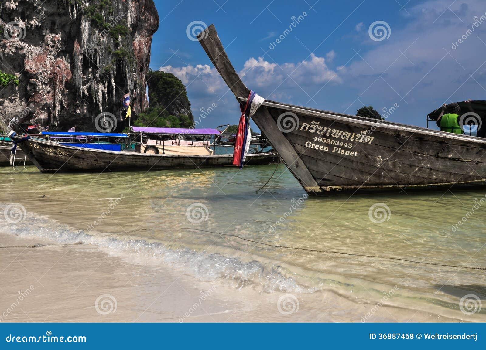 Download Crogiolo Di Coda Lunga Sulla Spiaggia Tropicale, Krabi, Tailandia Fotografia Stock Editoriale - Immagine di oceano, distendasi: 36887468