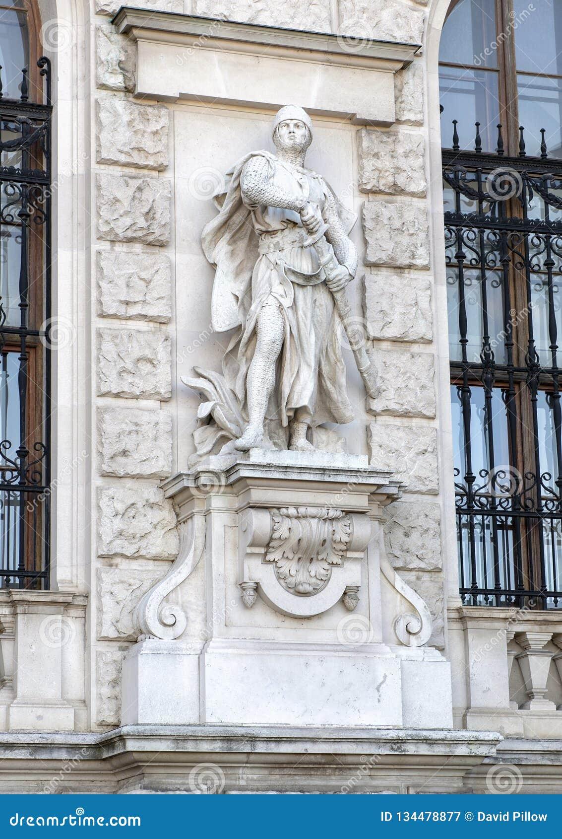 Croisé par Viktor Tilgner, le Burg de Neue ou le New Castle, Vienne, Autriche