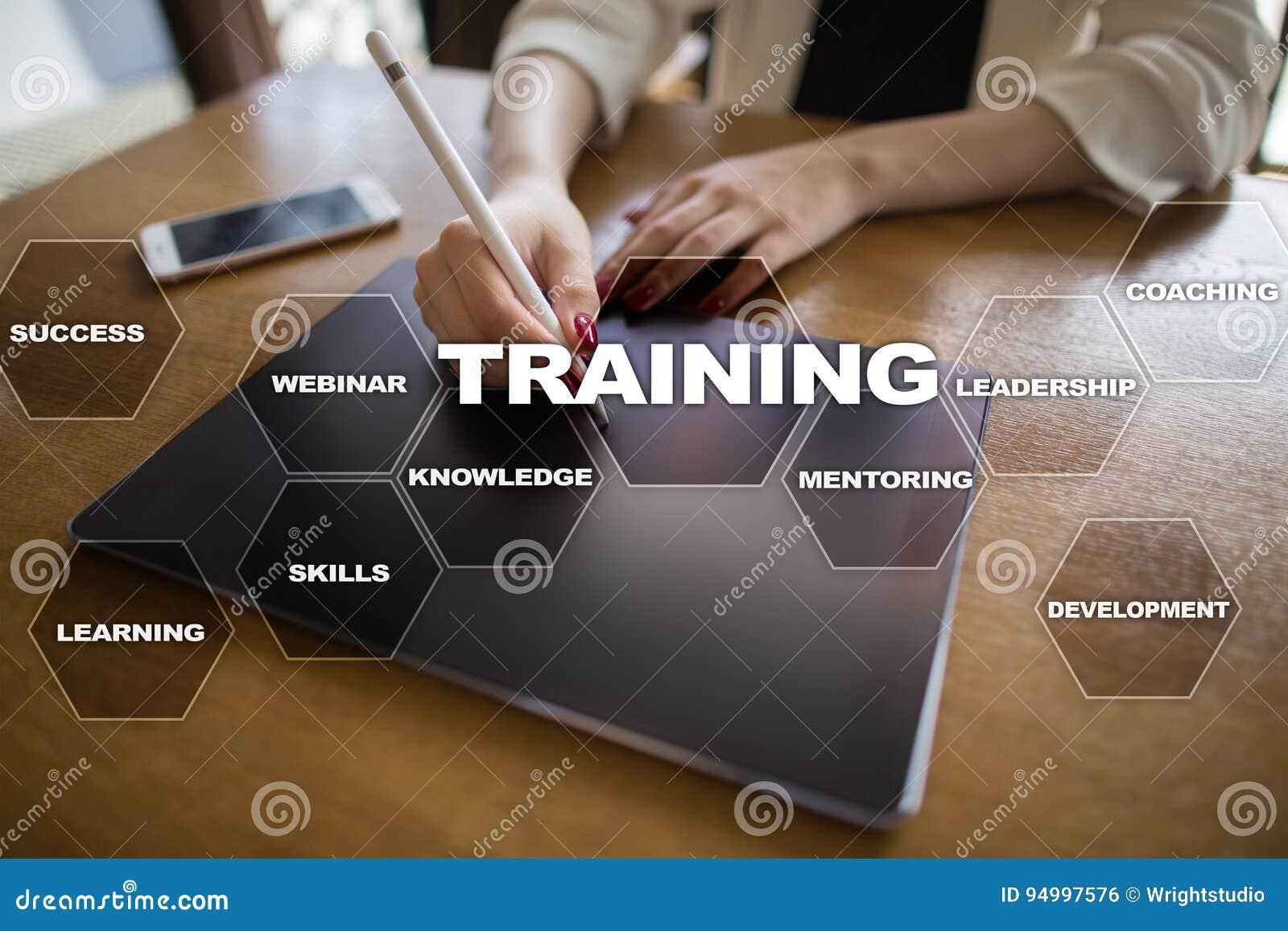 Croissance de professionnel de formation et de développement Internet et concept d éducation