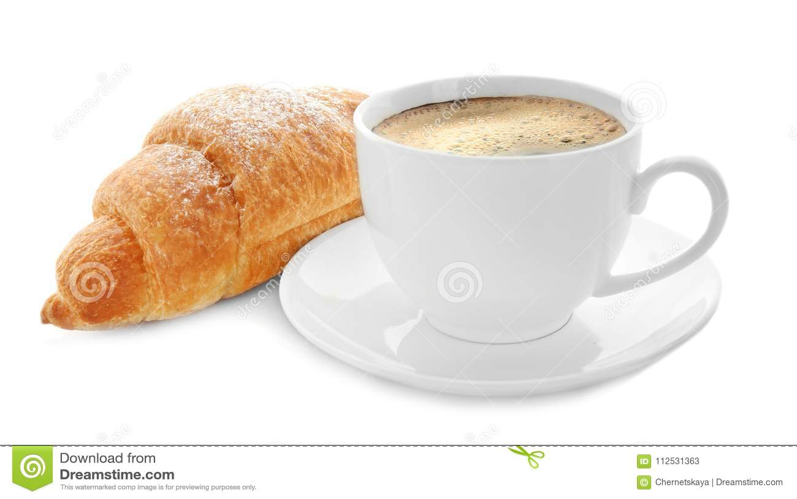 Croissant e tazza di caffè saporiti