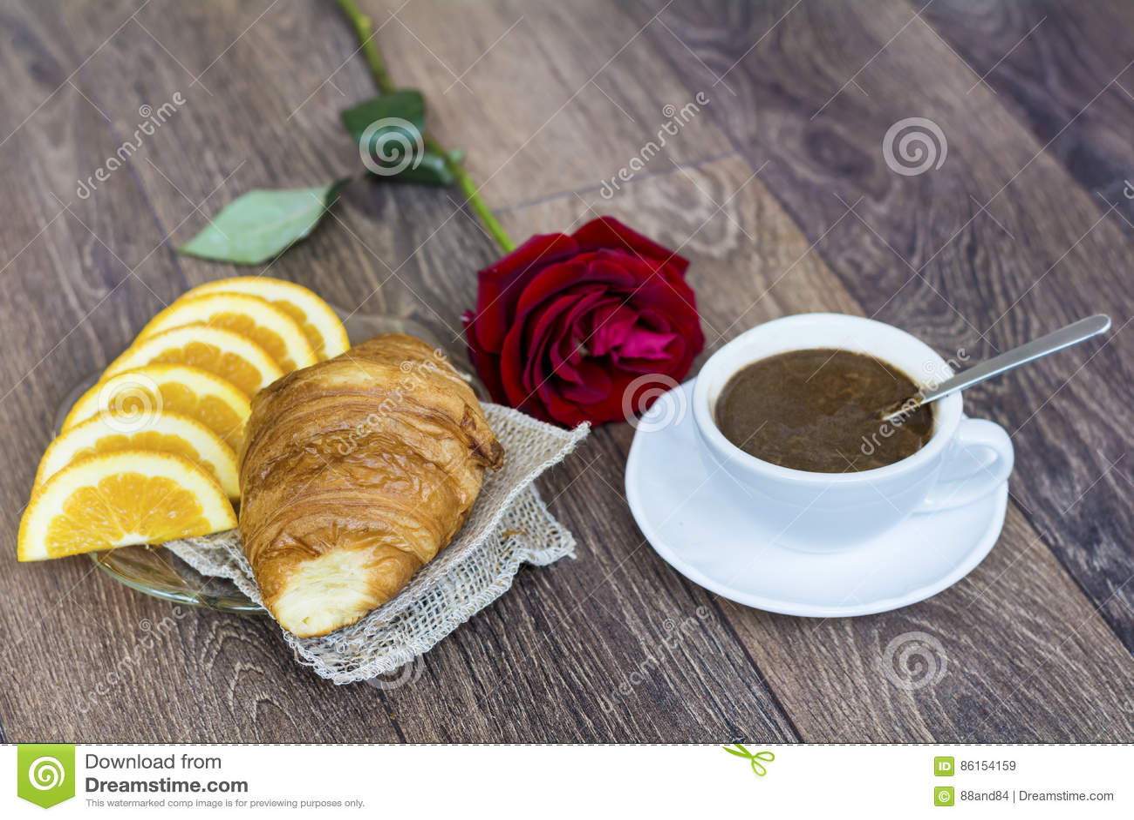 CaféRose Avec Croissants Du Pour BeurreTasse Orange Le De Et 0Pk8nwO