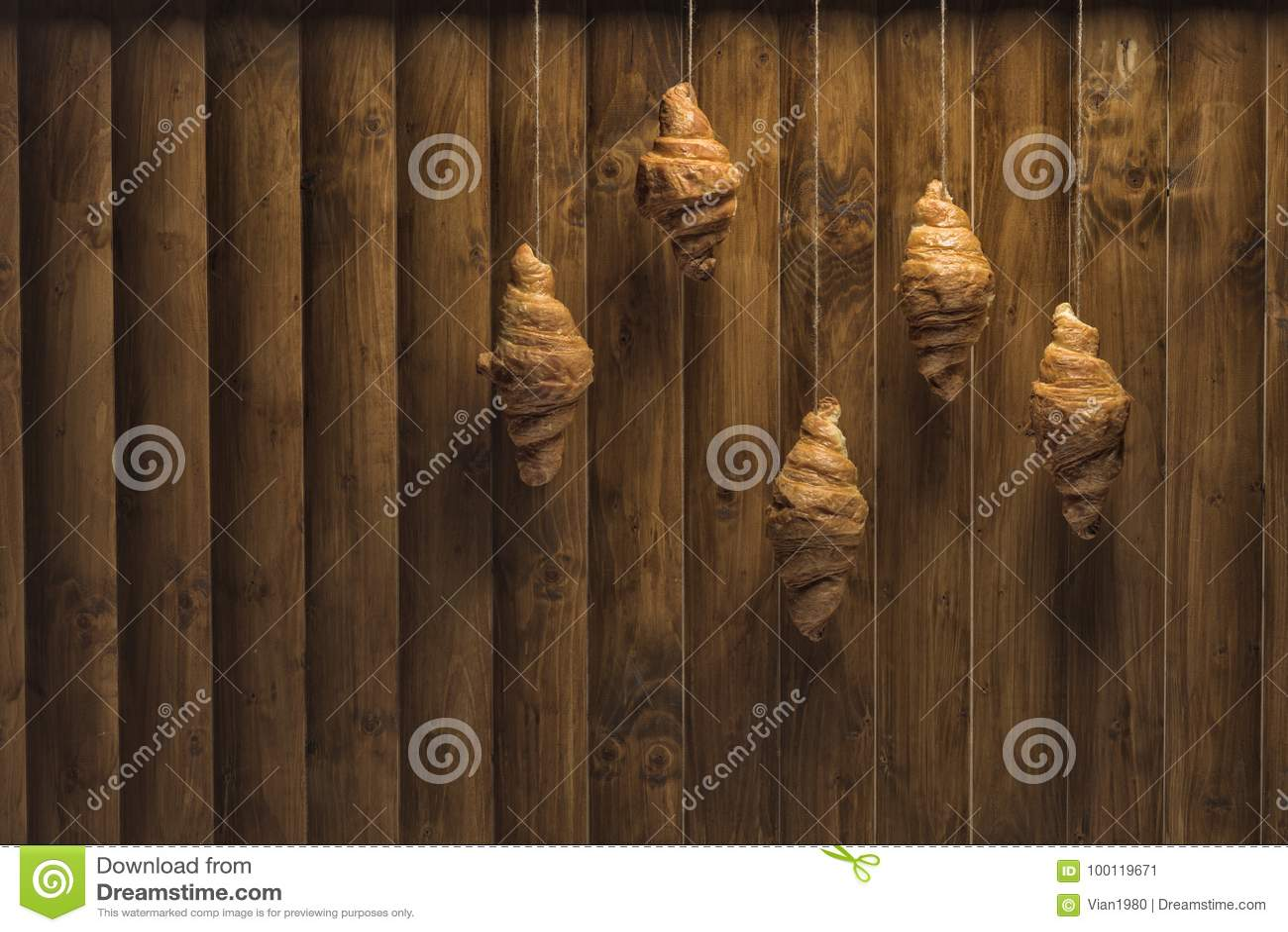 Croissants dorati